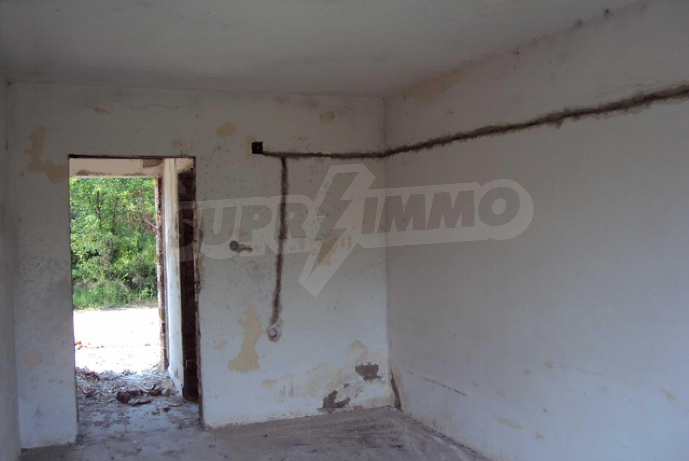 Продажа отеля/комплекса вблизи г. Велико Тырново 9