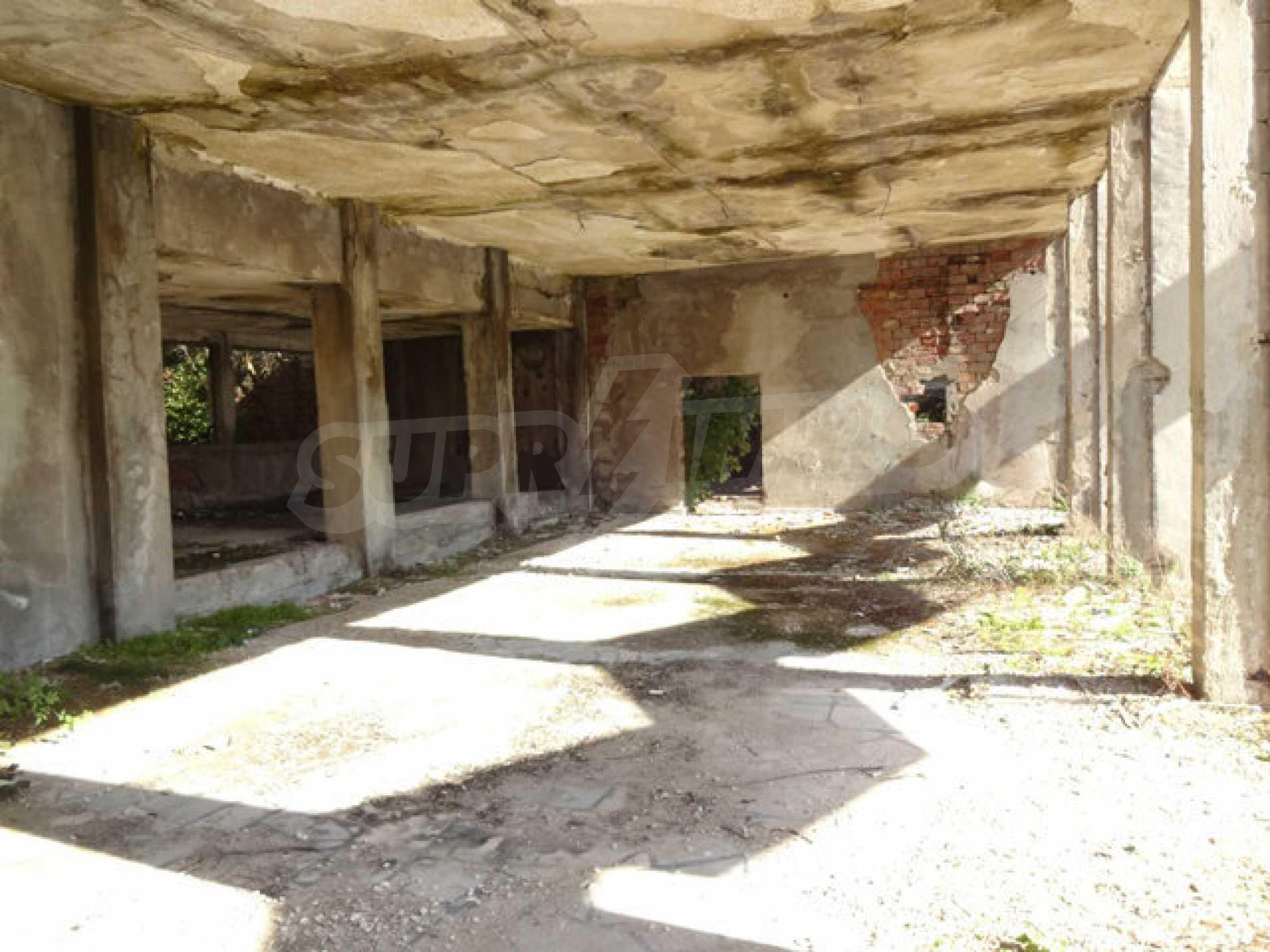 Продажа отеля/комплекса вблизи г. Велико Тырново 51