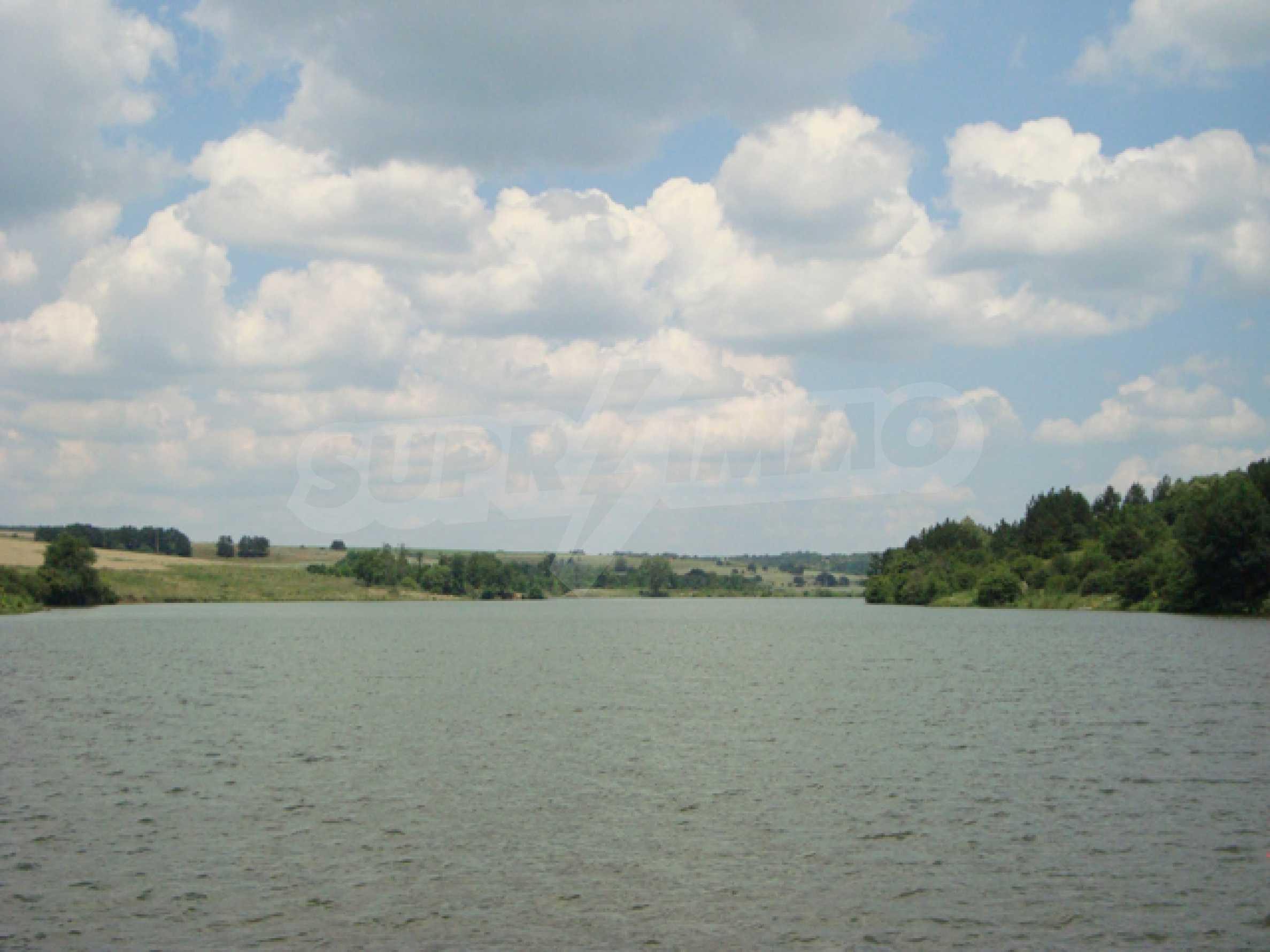 Chalet am Ufer des Nikolaevka-Damms 28