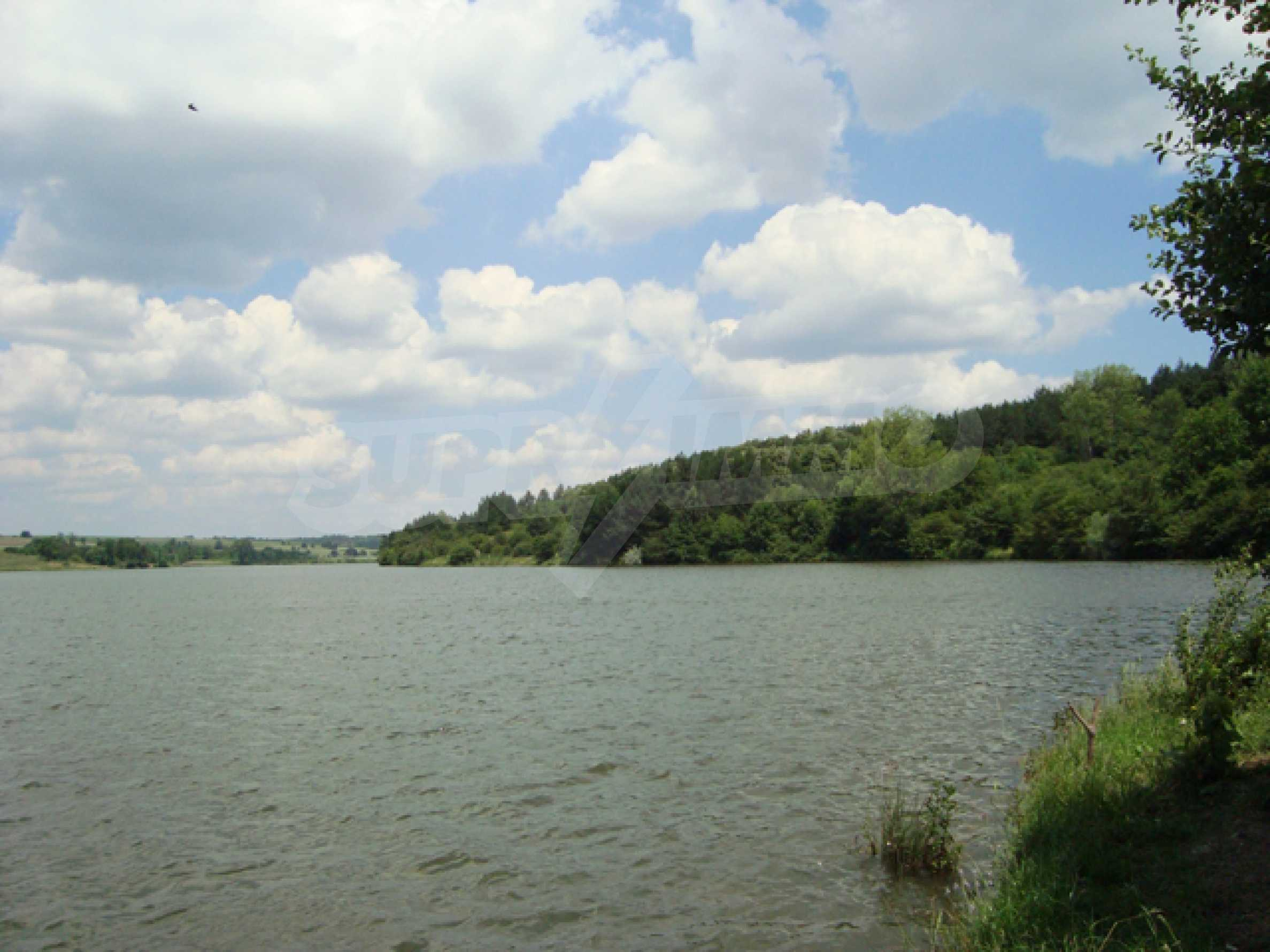Chalet am Ufer des Nikolaevka-Damms 29