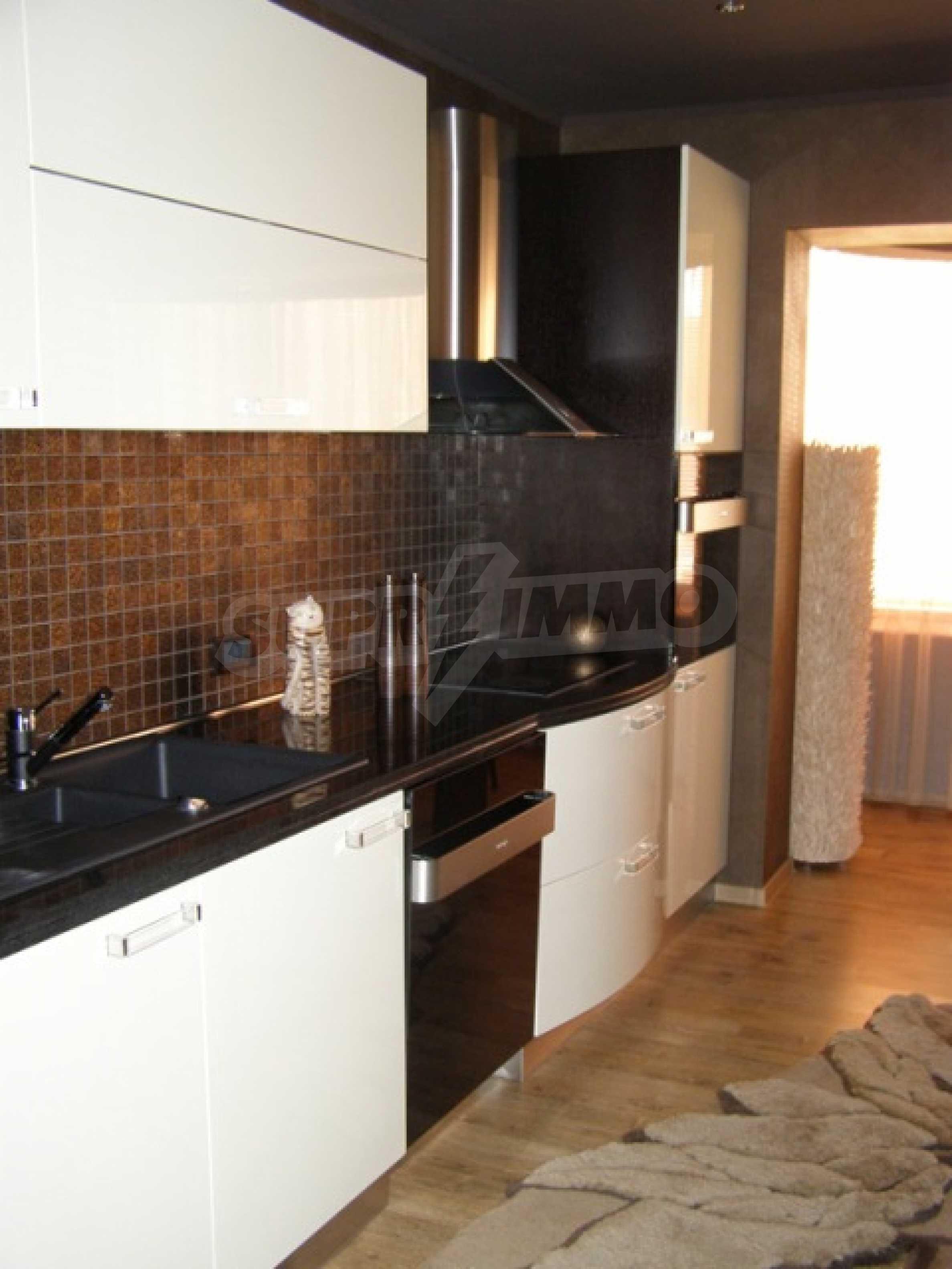 Изключителна еднофамилна къща край Варна 5