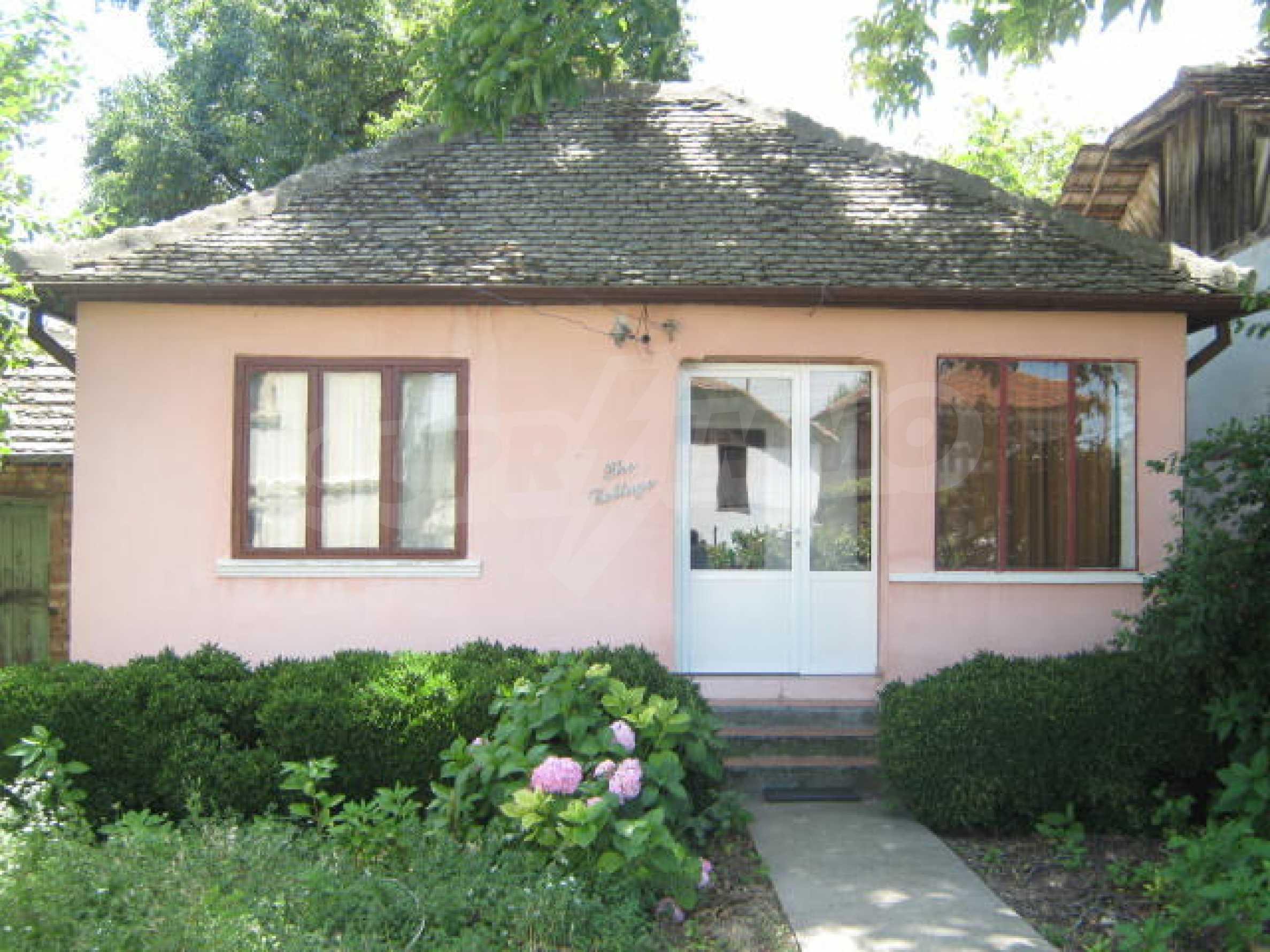 Zweistöckiges Haus neben der Stadt Widin zu verkaufen 15