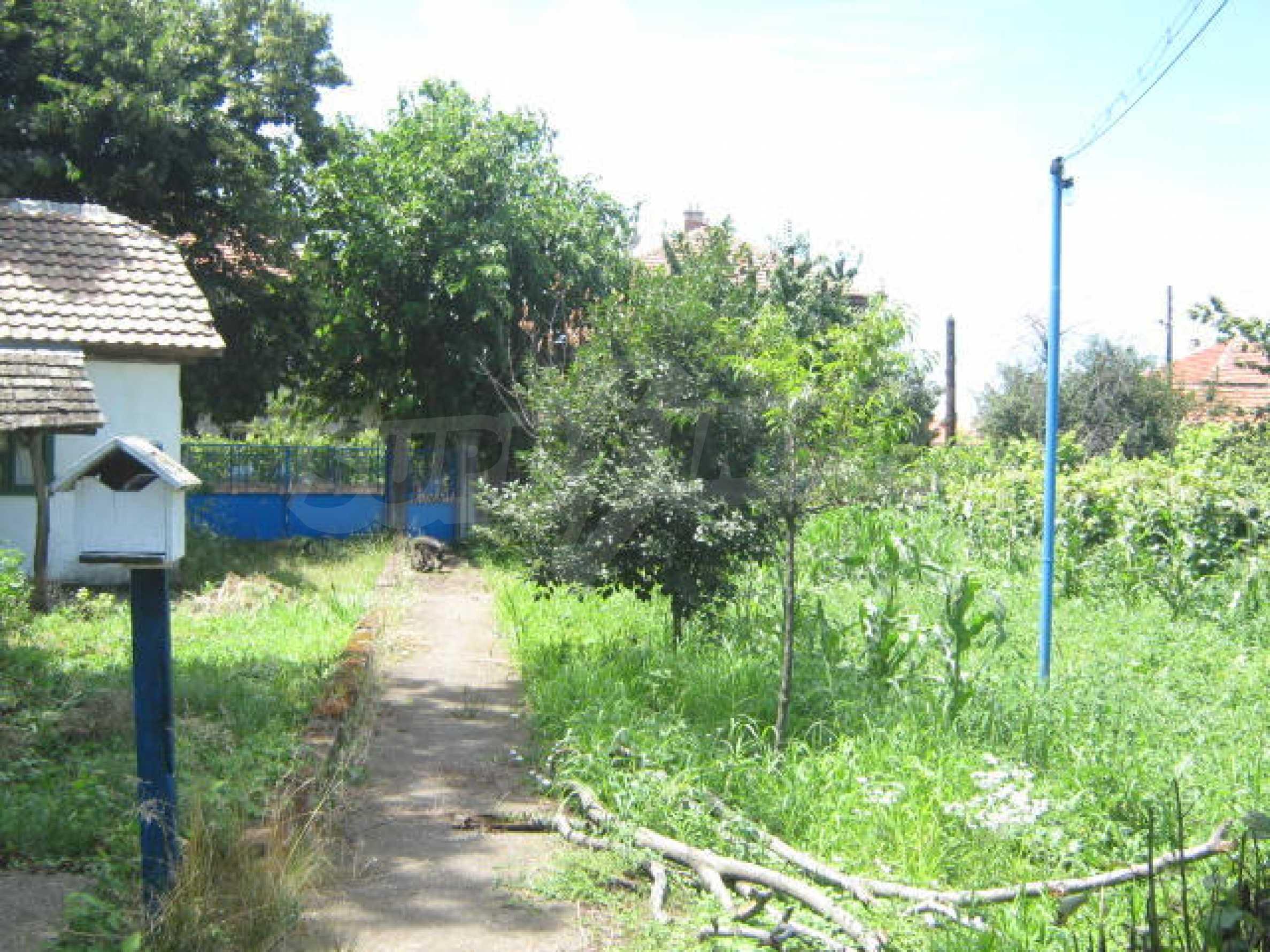 Zweistöckiges Haus neben der Stadt Widin zu verkaufen 19