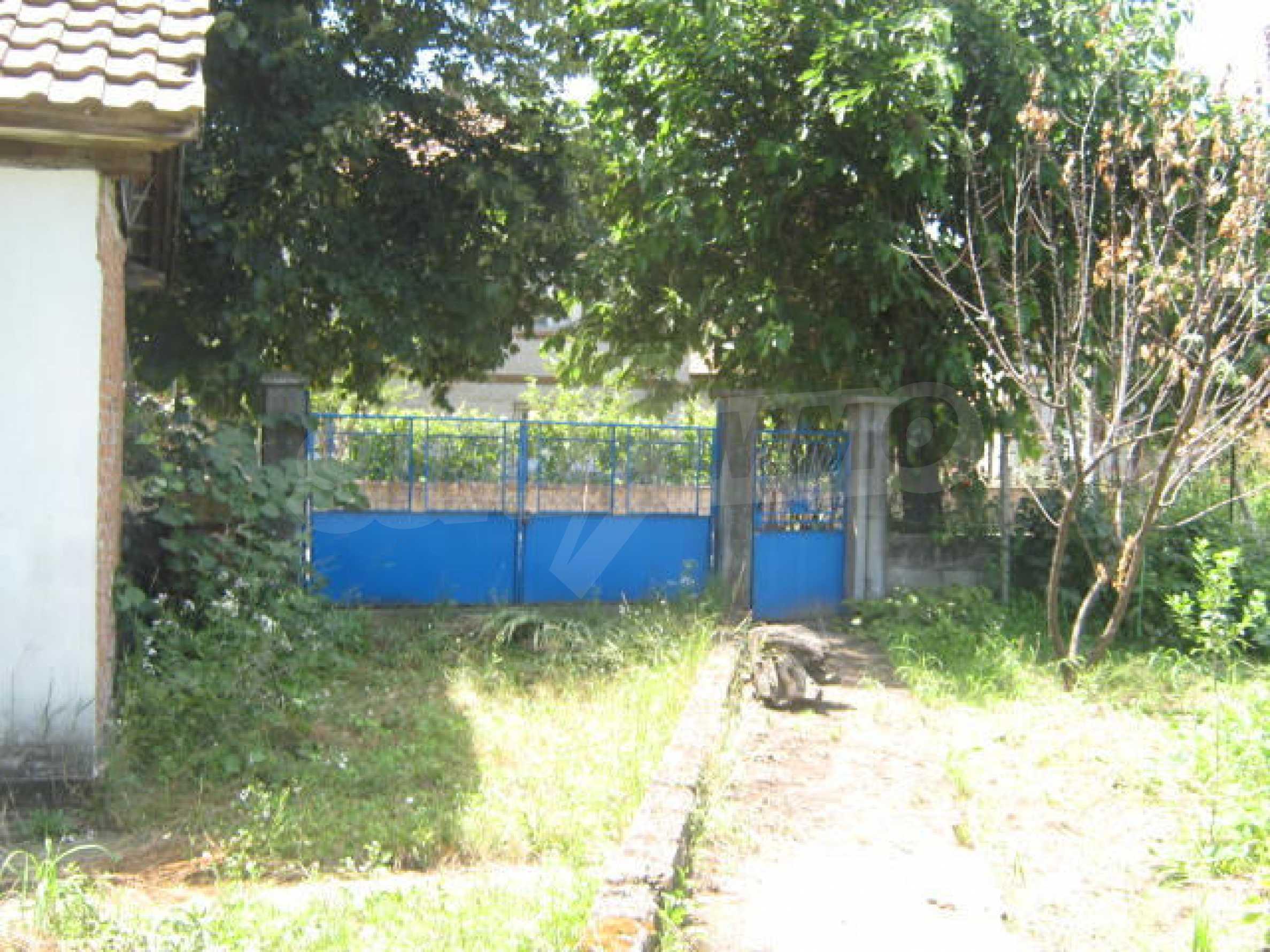 Zweistöckiges Haus neben der Stadt Widin zu verkaufen 21