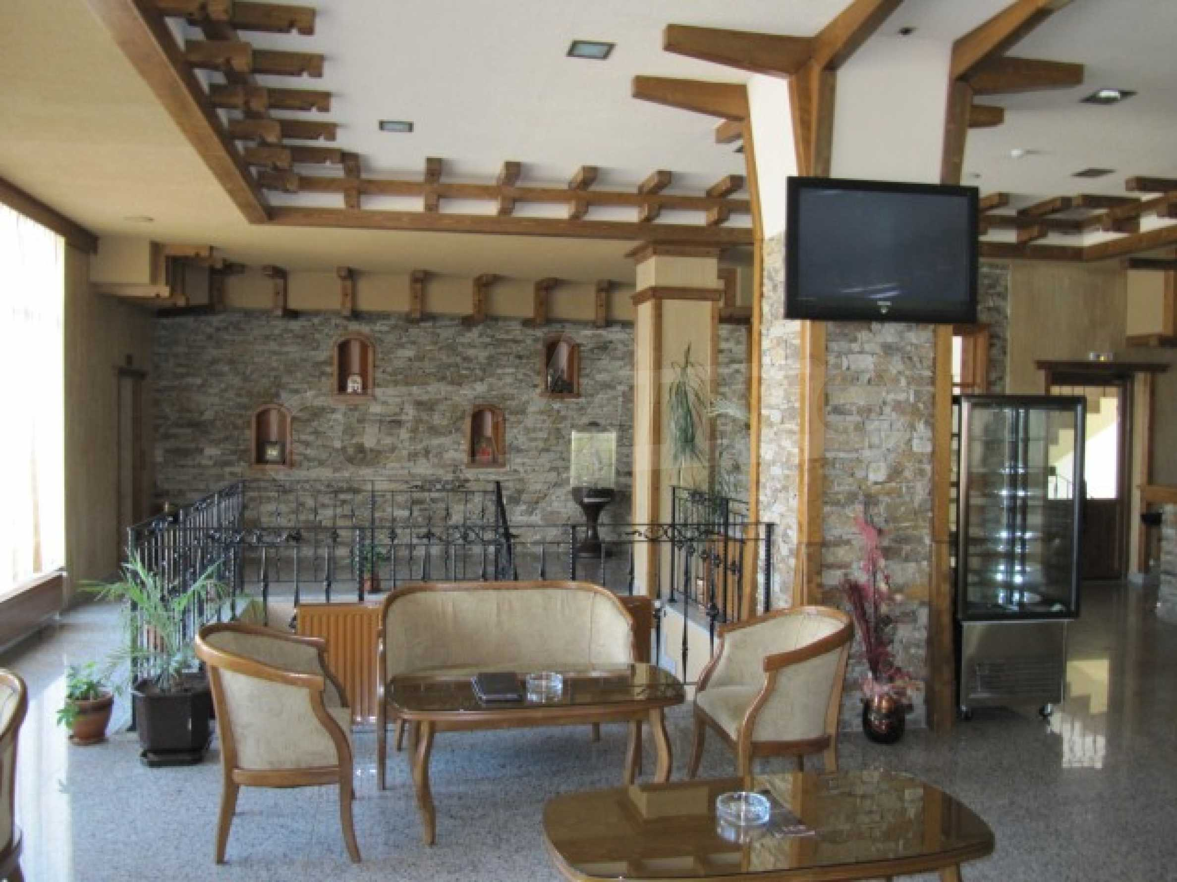 Contemporary hotel on panoramic location close to Pamporovo 28