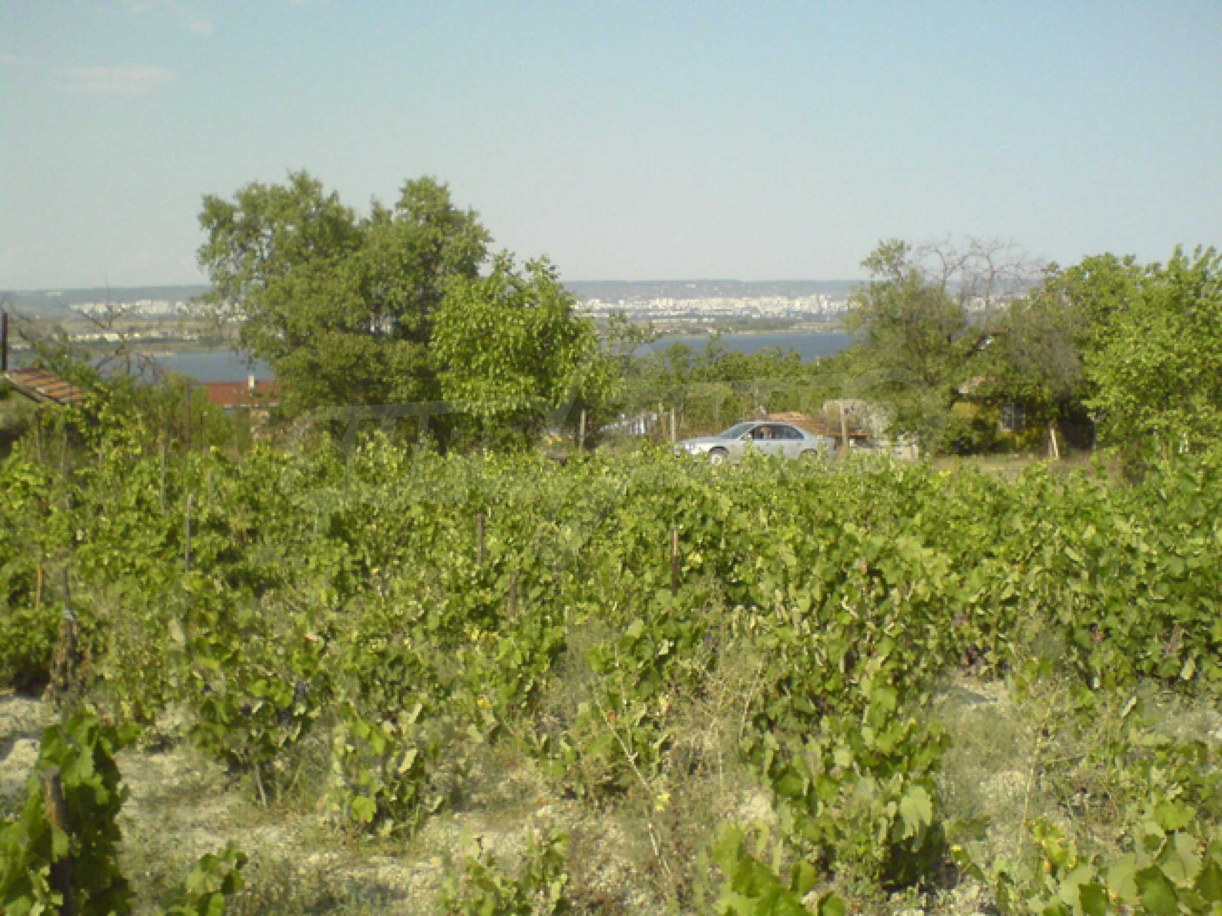 Regulated plot of land with sea view 5km away from Varna