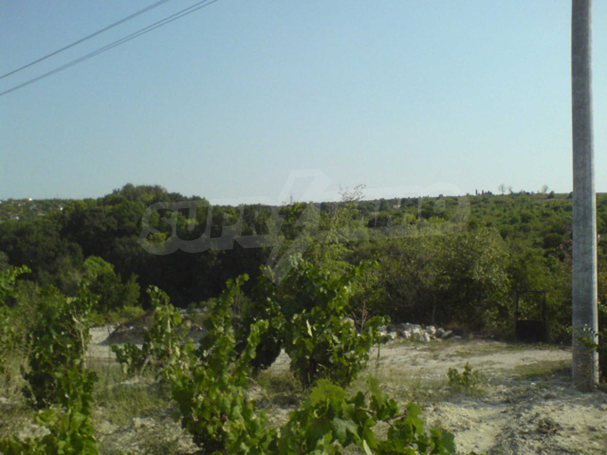 Regulated plot of land with sea view 5km away from Varna 4