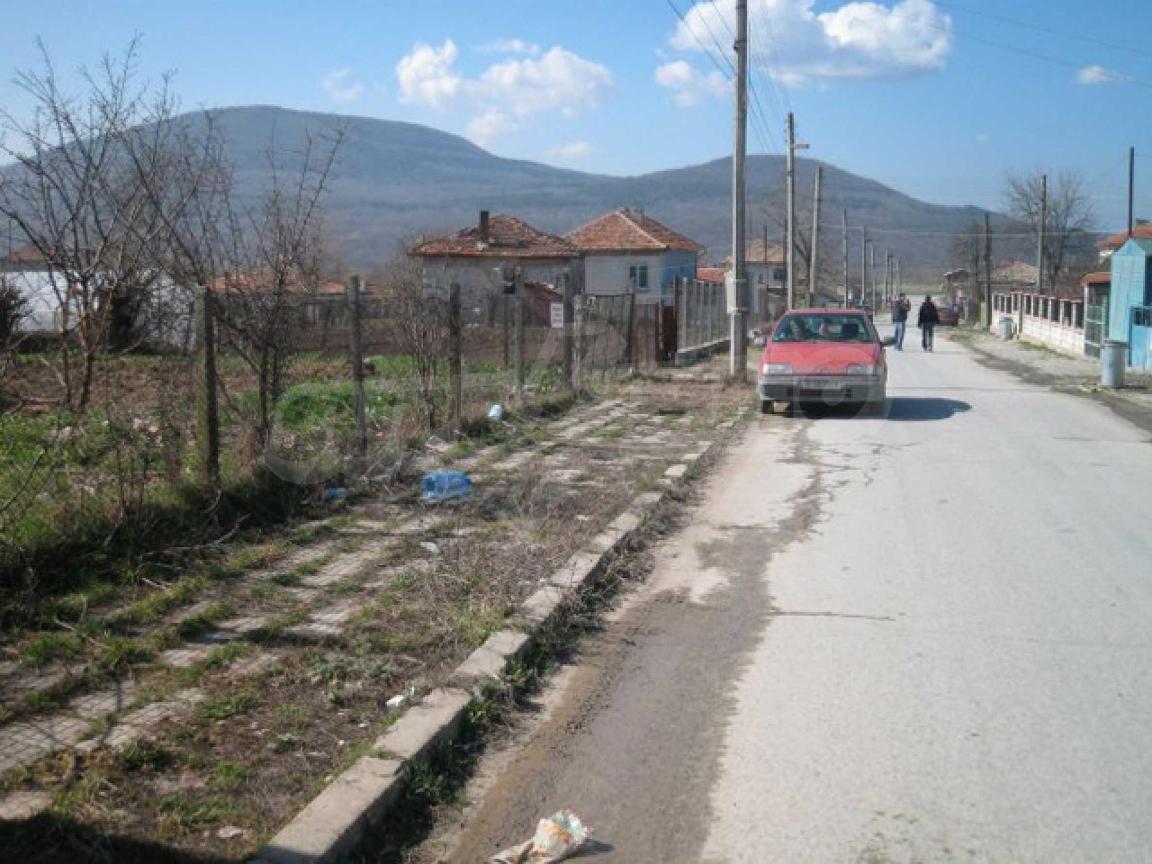 Building land in Obrochishte 8