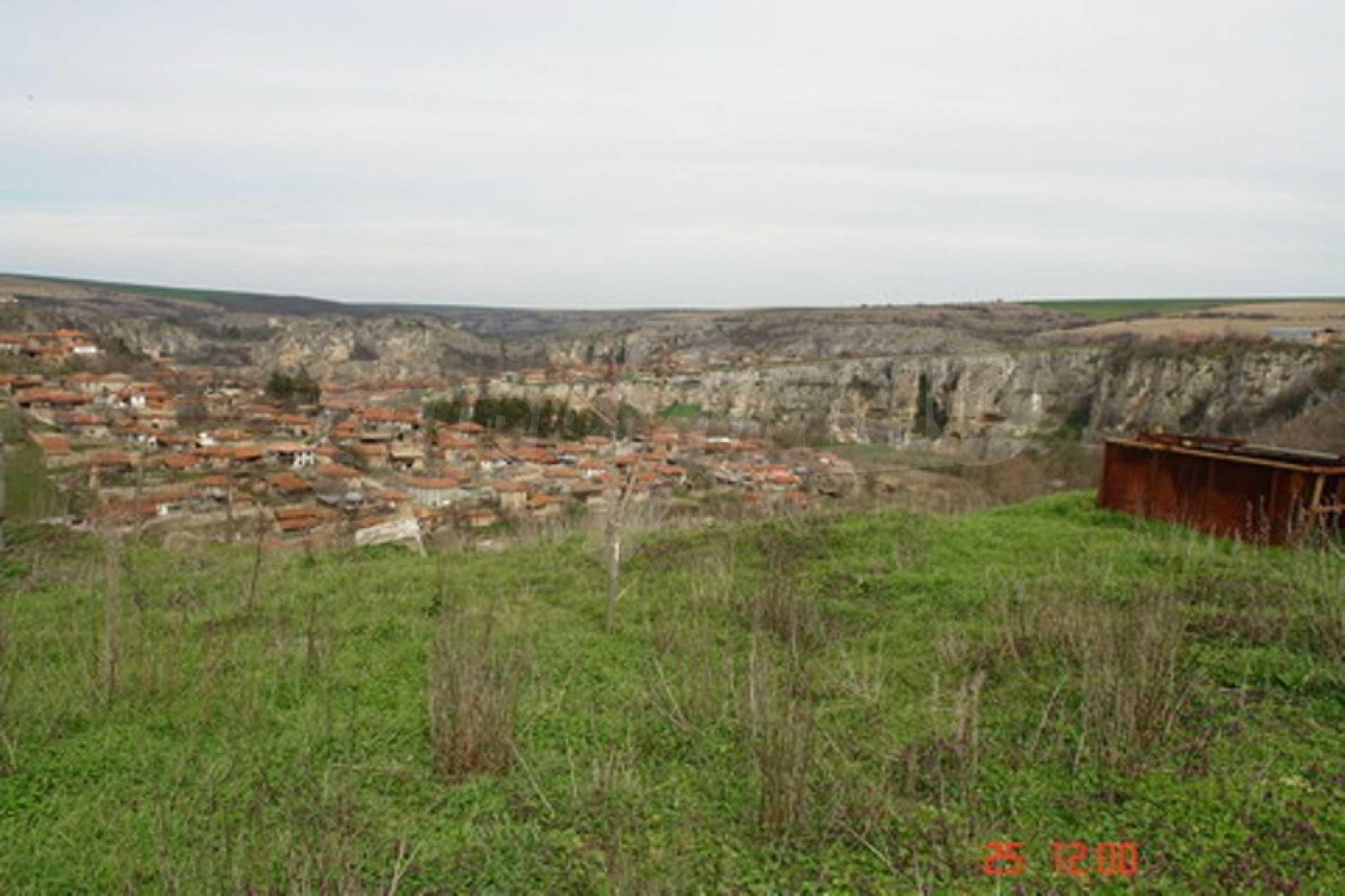 Development land in Cherven village