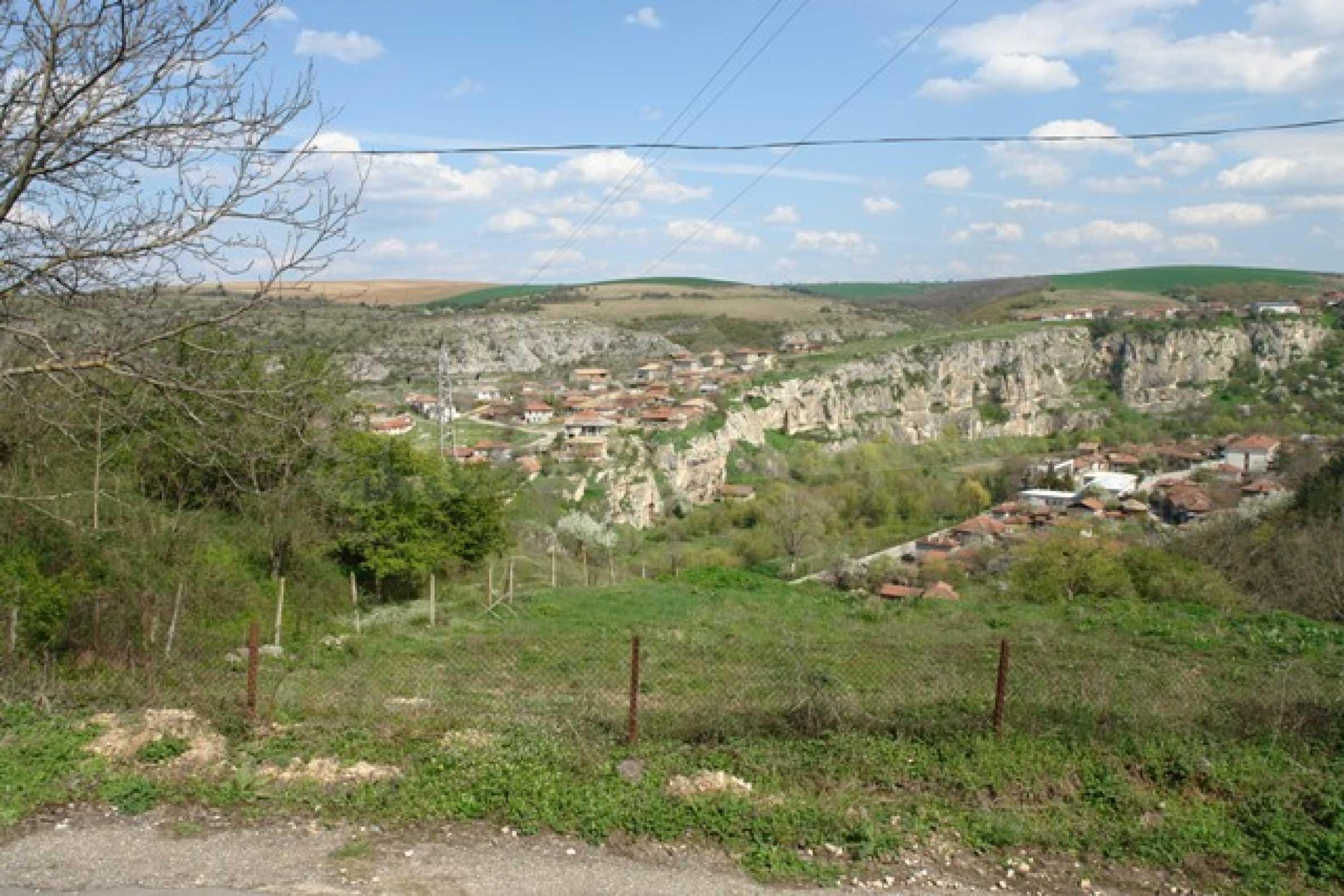 Geregeltes Grundstück im Dorf Cherven 2