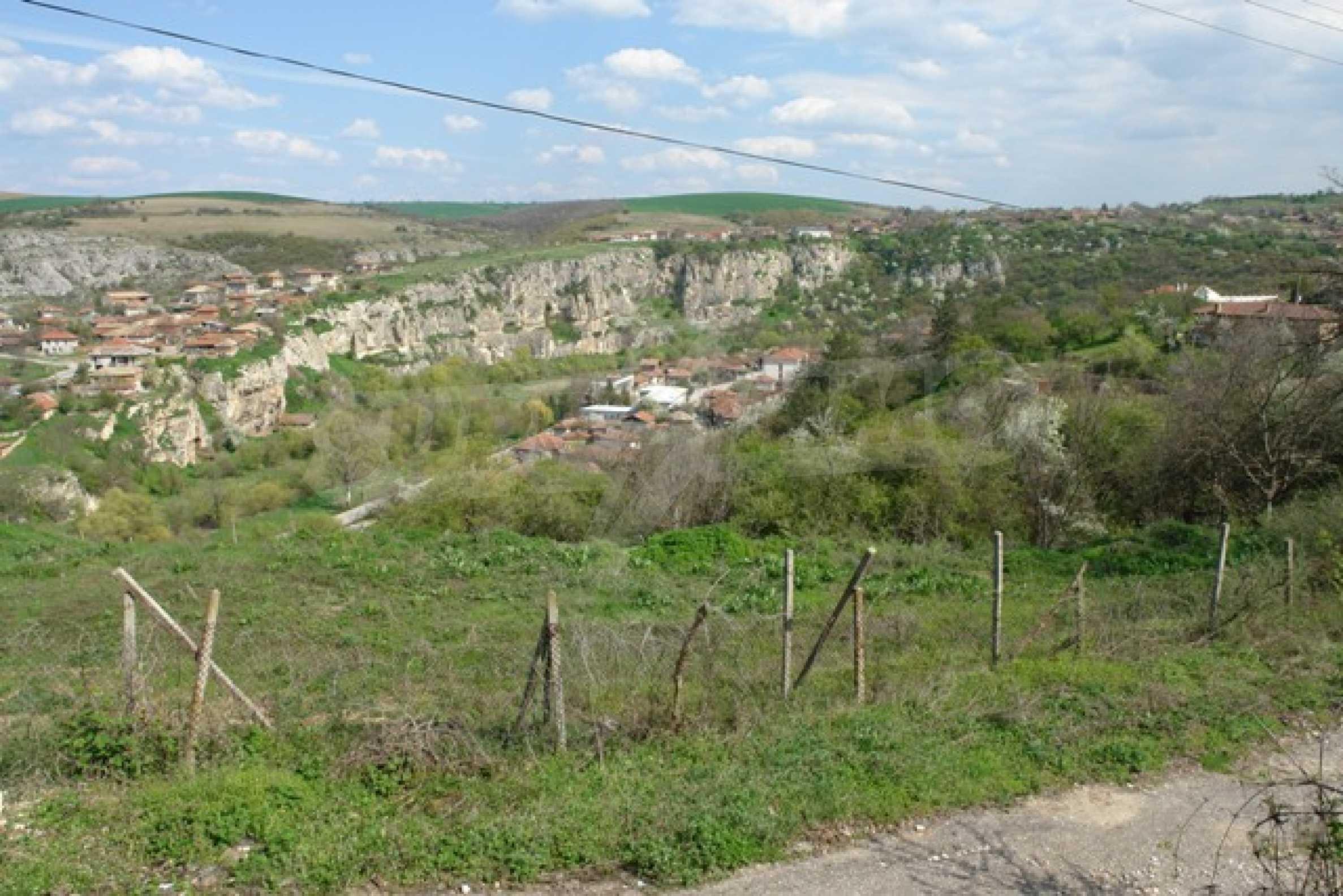 Geregeltes Grundstück im Dorf Cherven 3