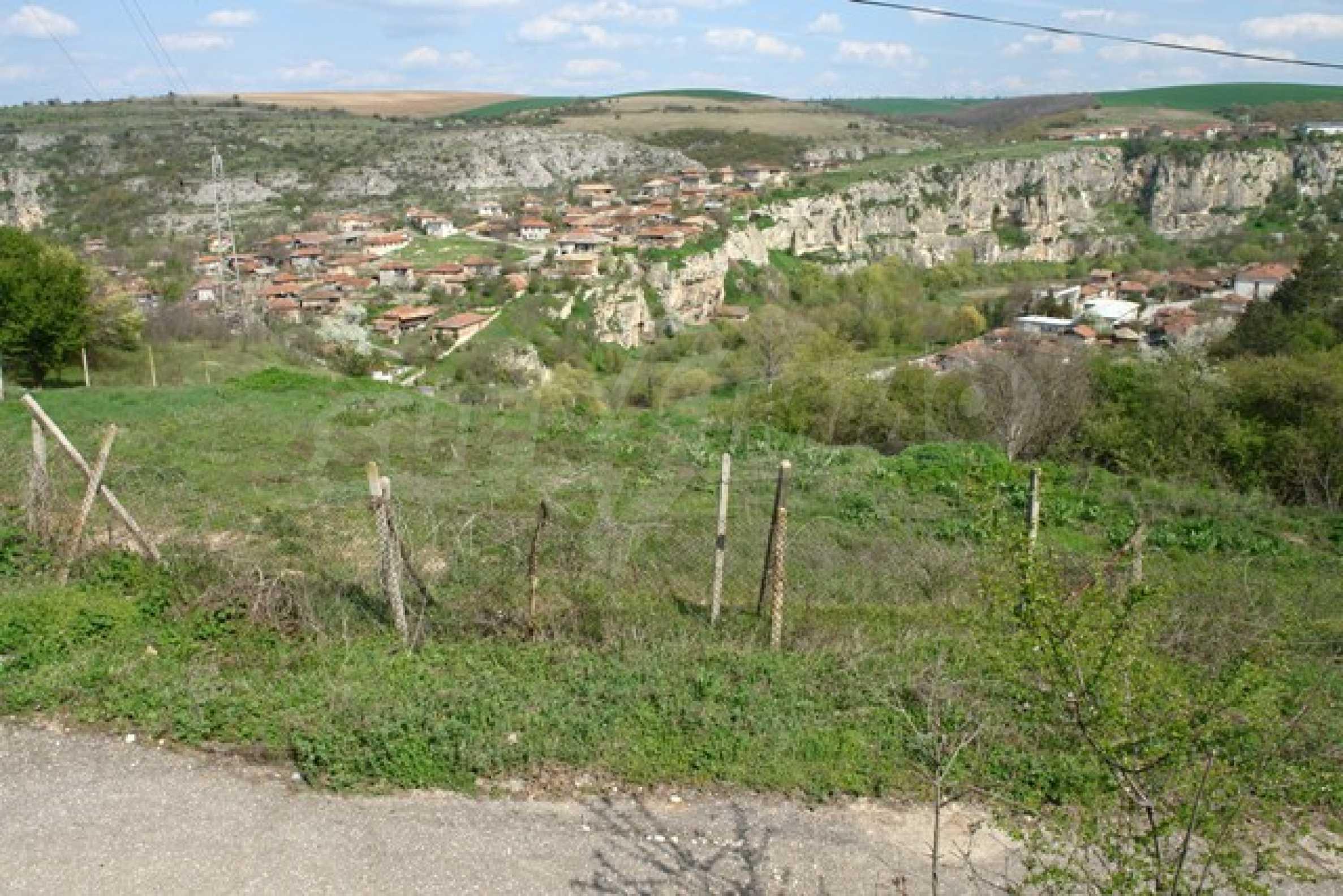 Geregeltes Grundstück im Dorf Cherven 4