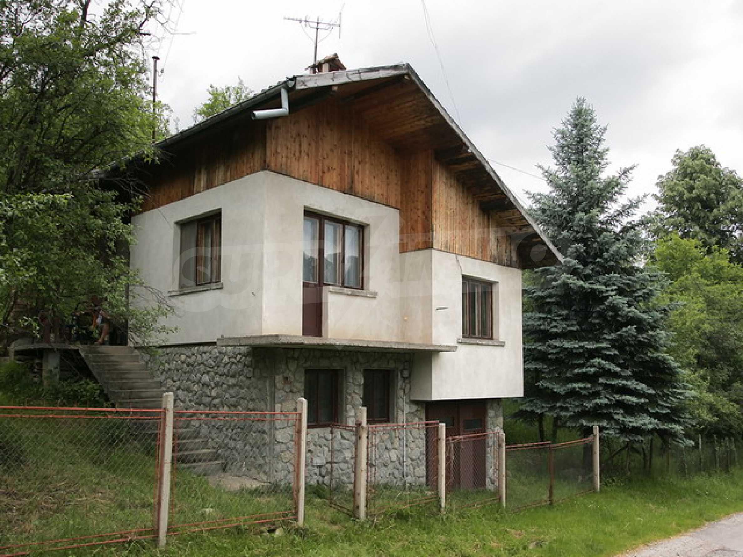 Продажа дома вблизи г. Троян