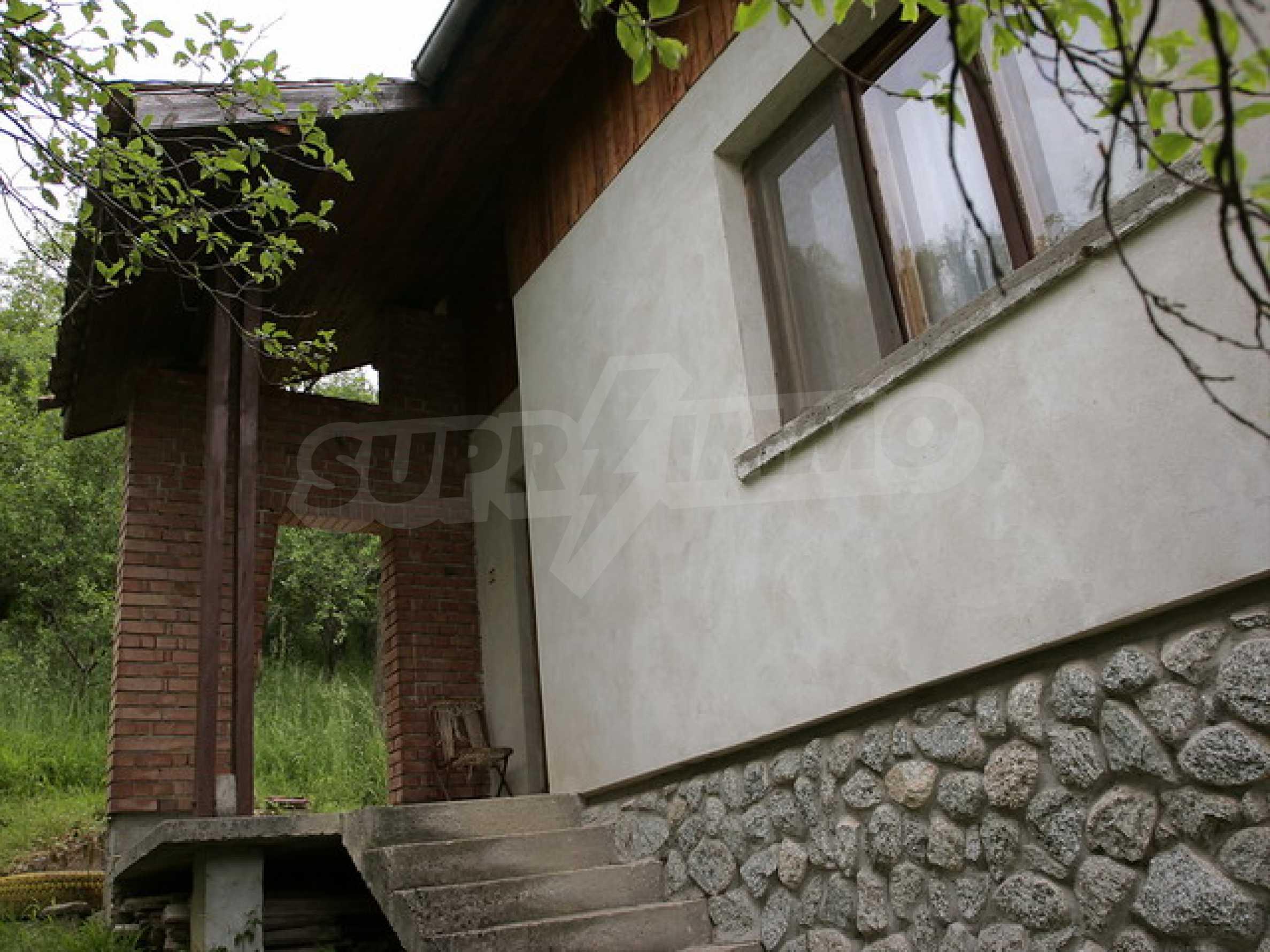 Продажа дома вблизи г. Троян 2