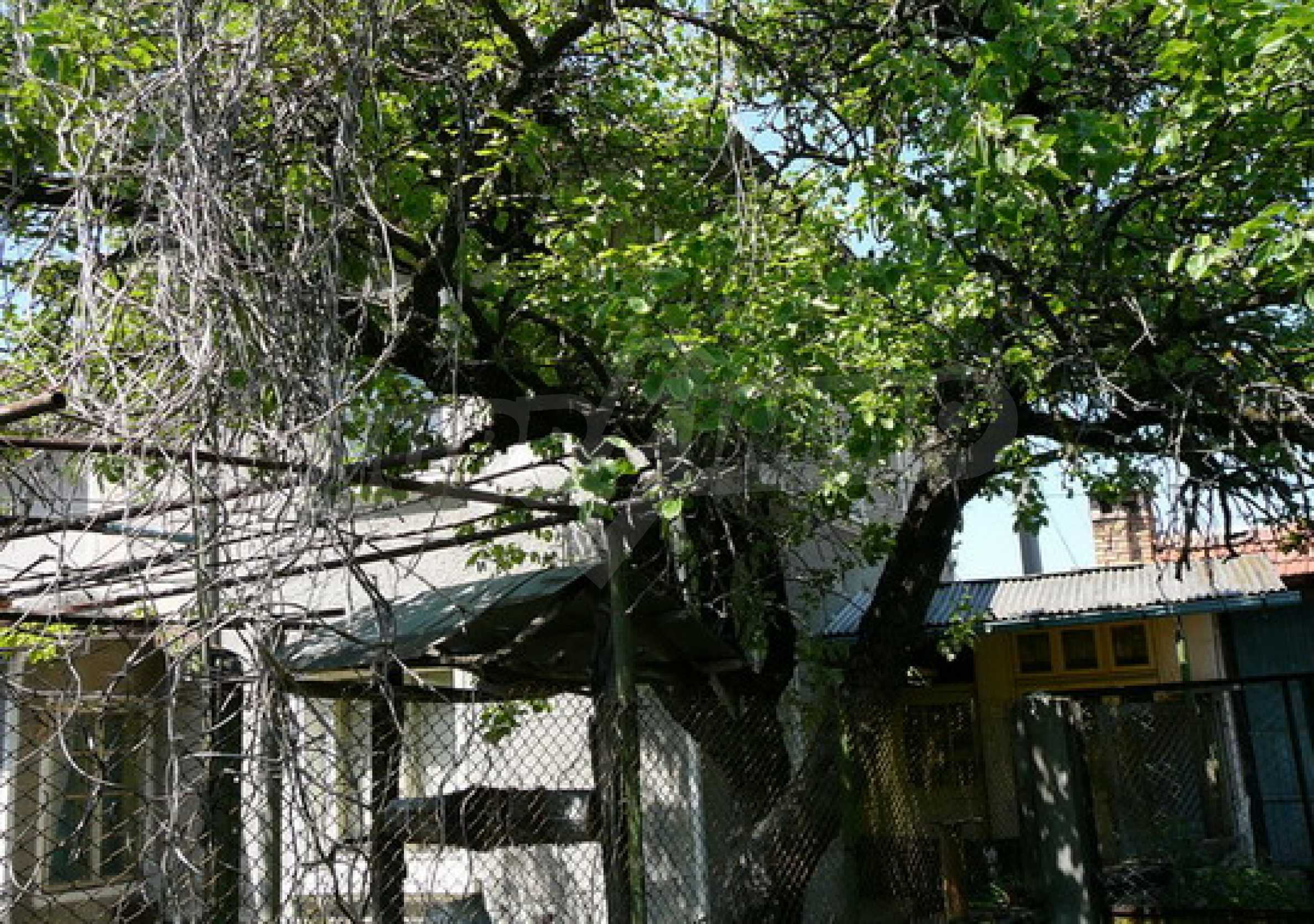 Двухэтажный дом 12