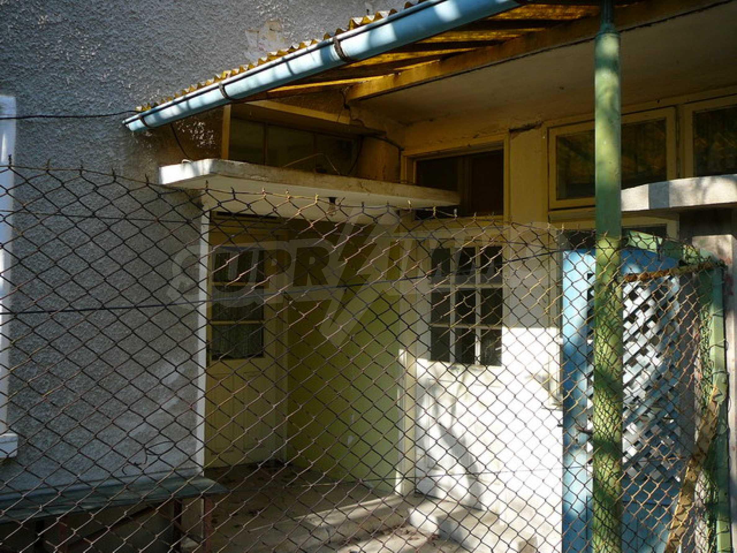 Двухэтажный дом 13