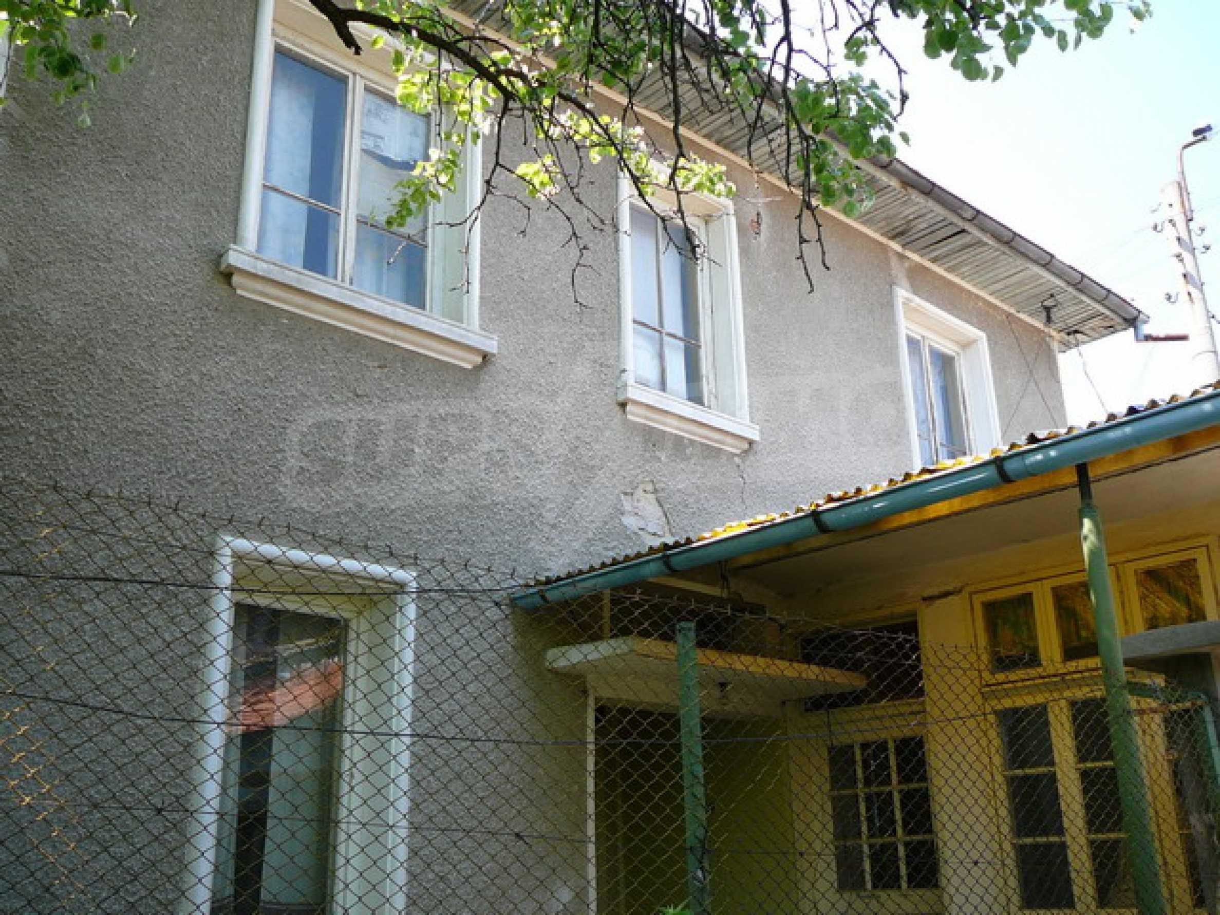 Двухэтажный дом 30