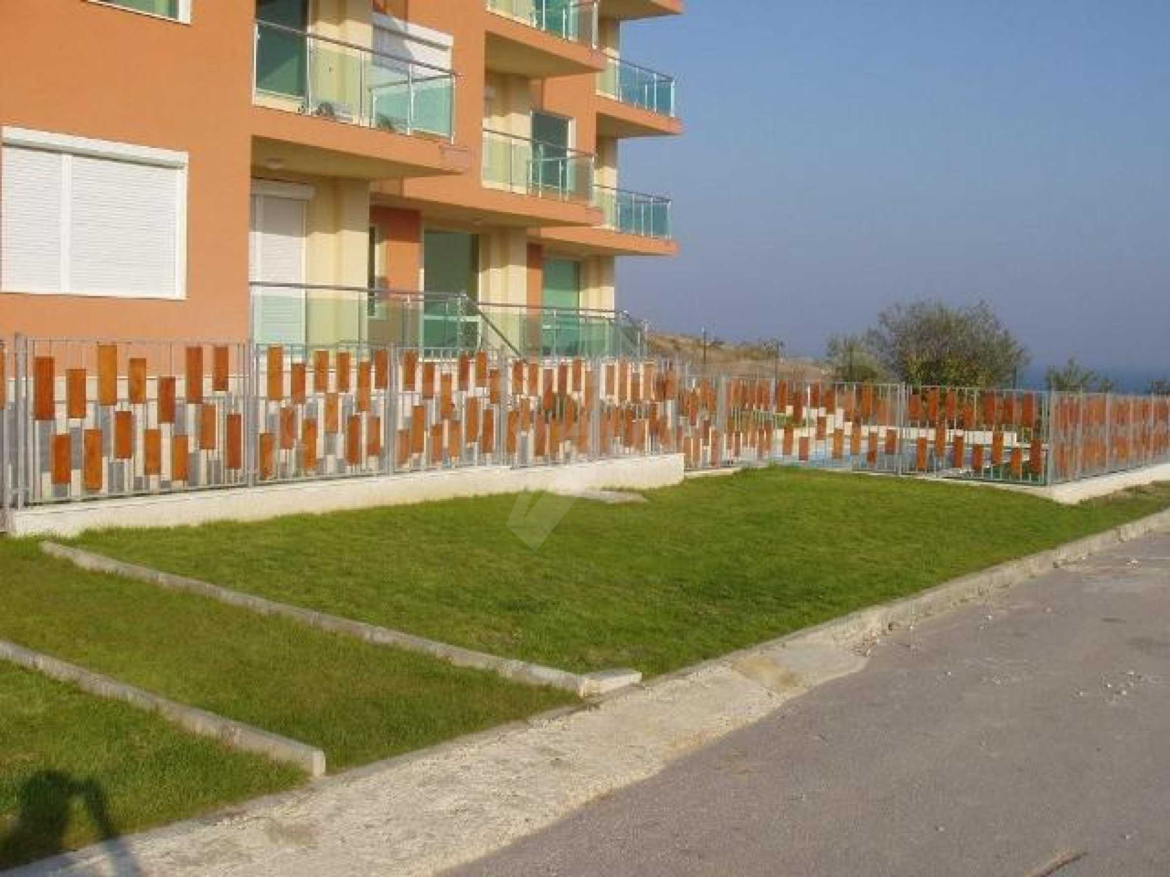 SEA VIEW 2-bedroom apartment in Byala 10