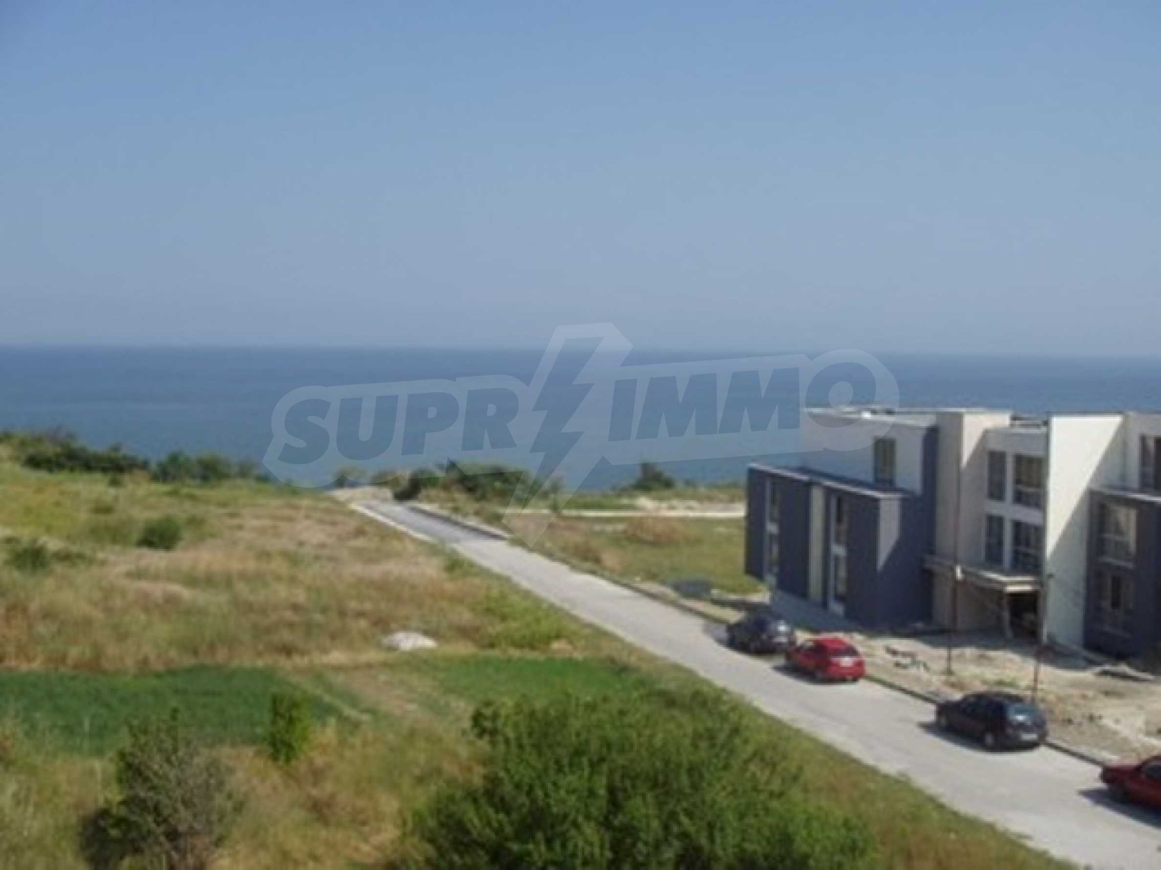 SEA VIEW 2-bedroom apartment in Byala 12