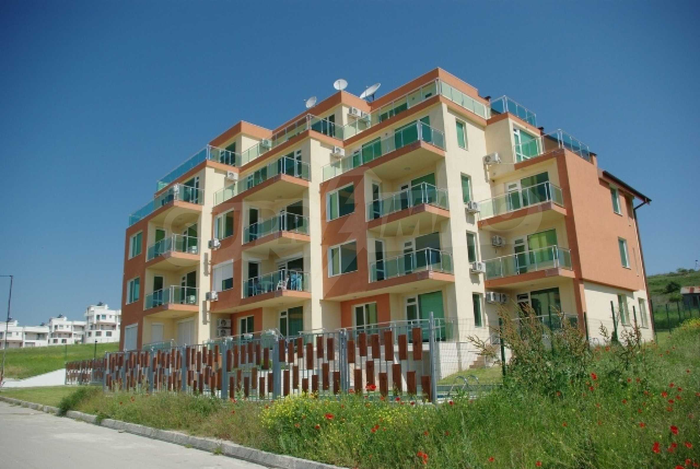 SEA VIEW 2-bedroom apartment in Byala 1