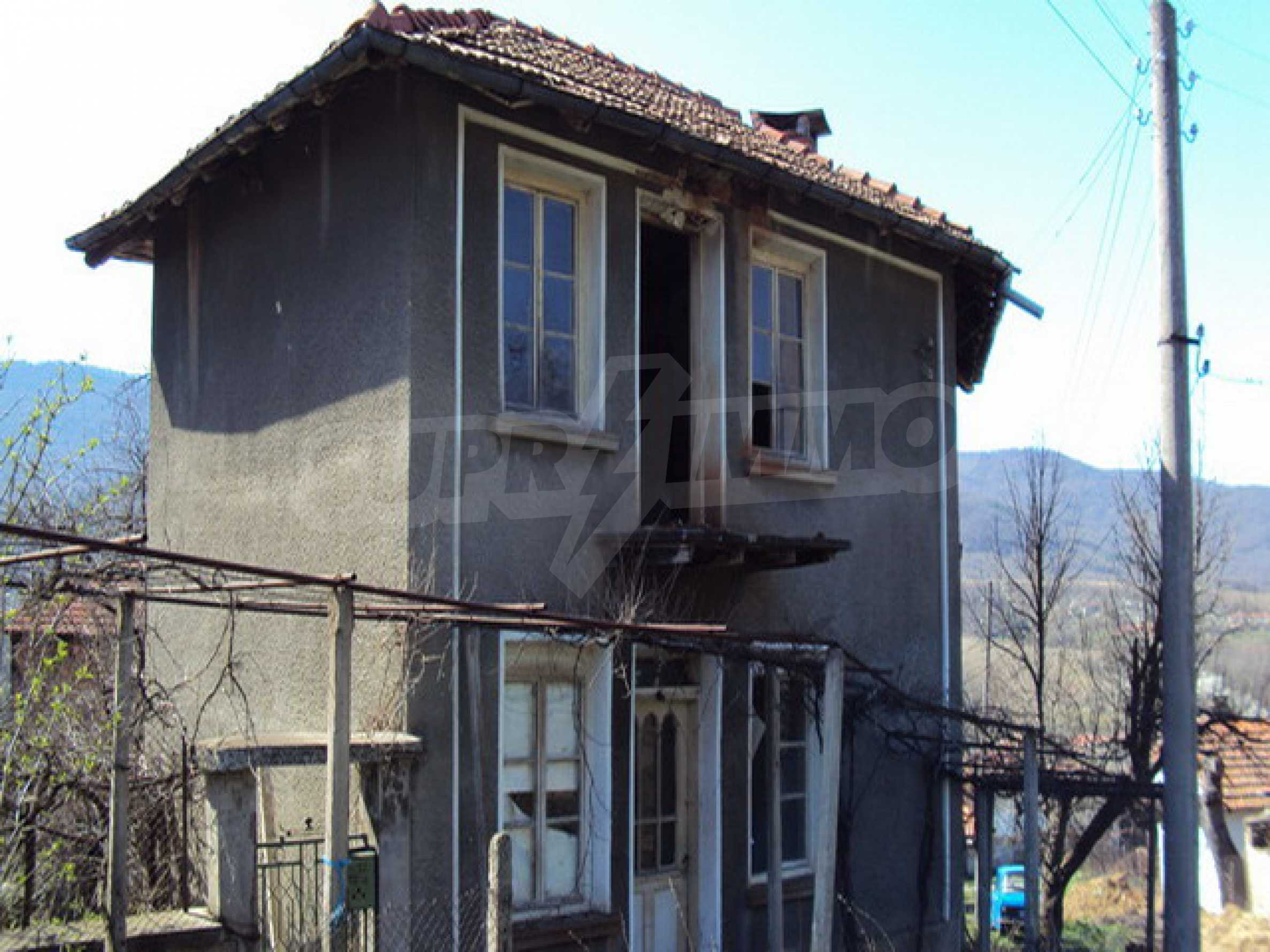 Old house near Lovech 1