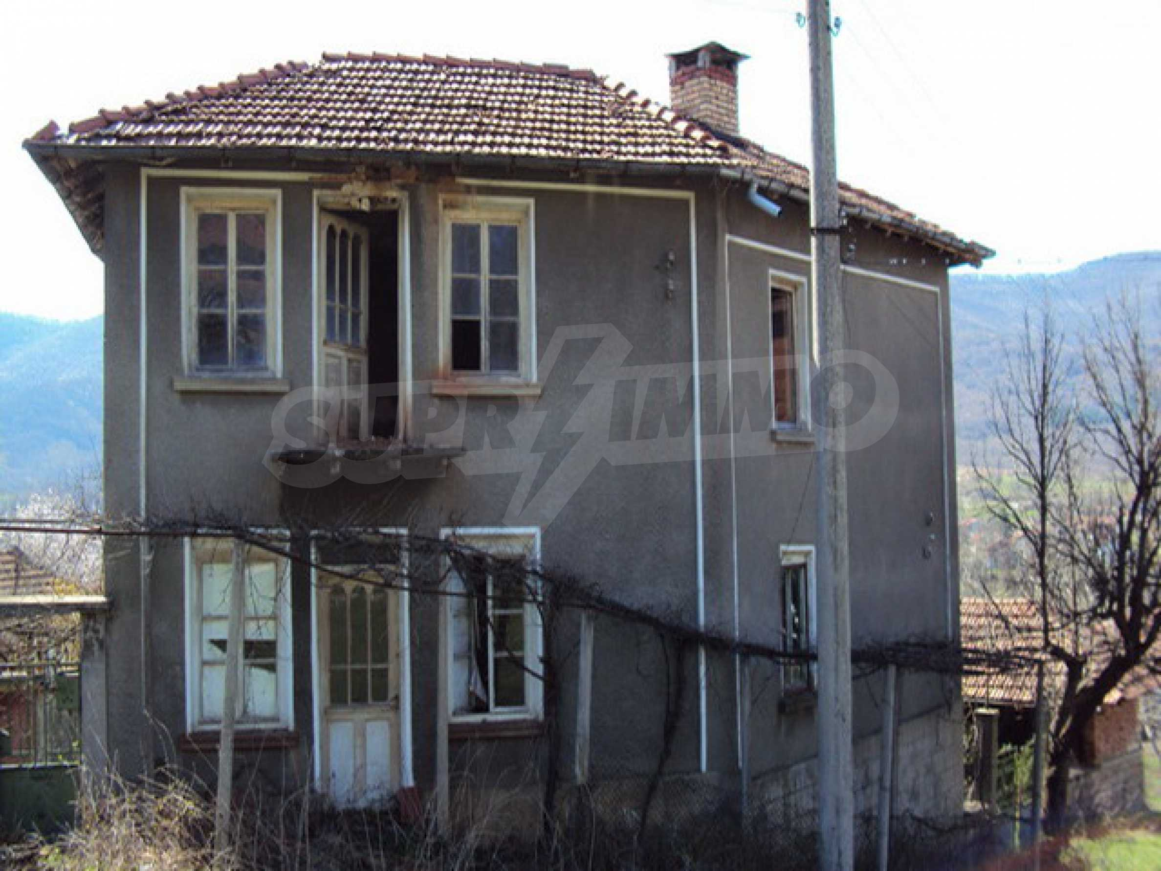 Old house near Lovech 2