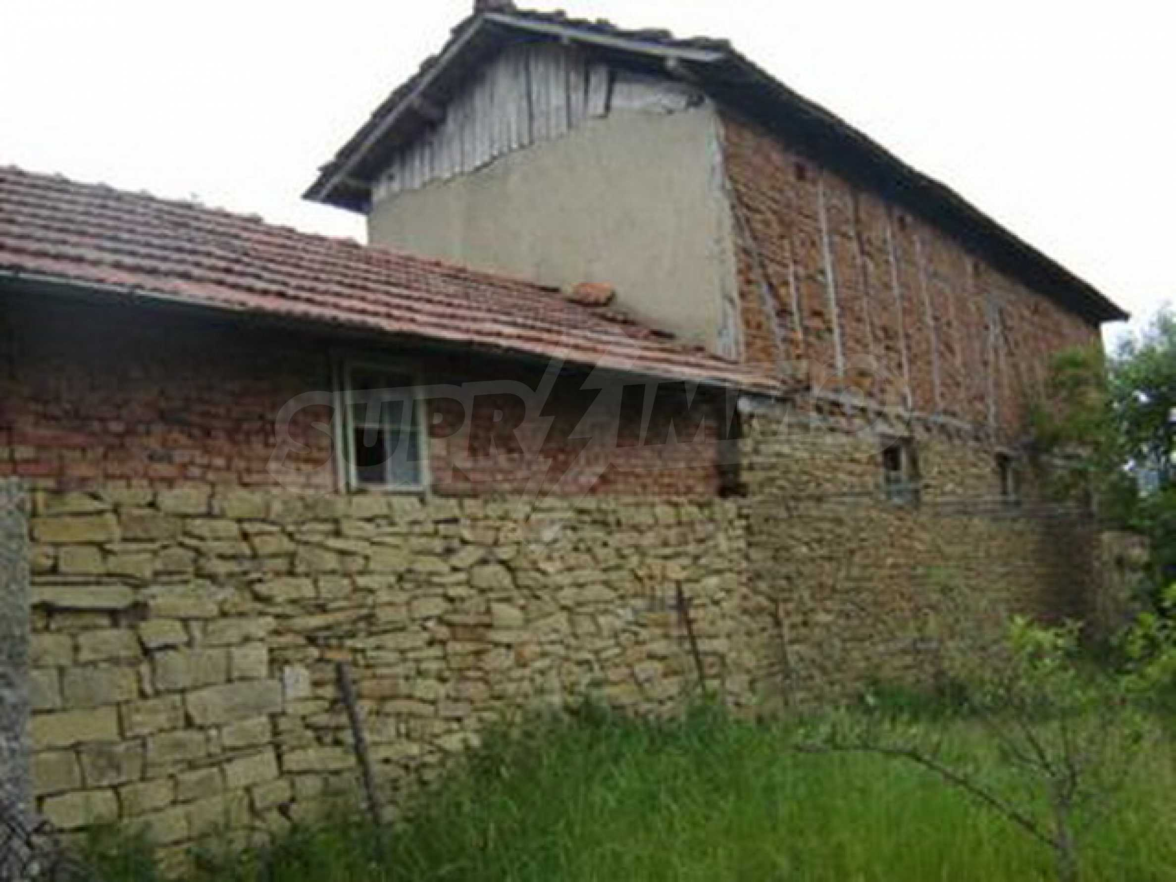 Old house near Lovech 4