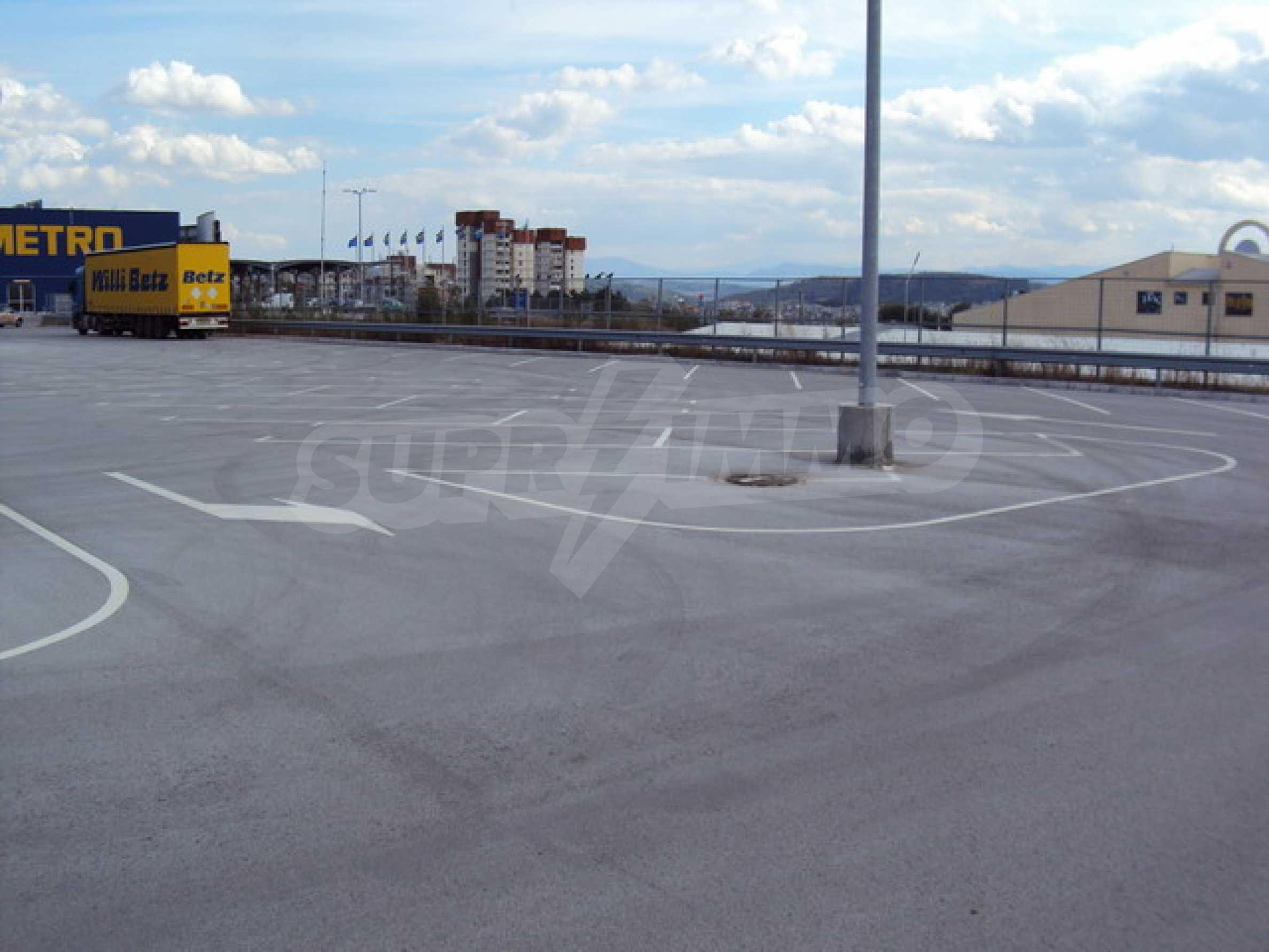 Plot for commercial development 10