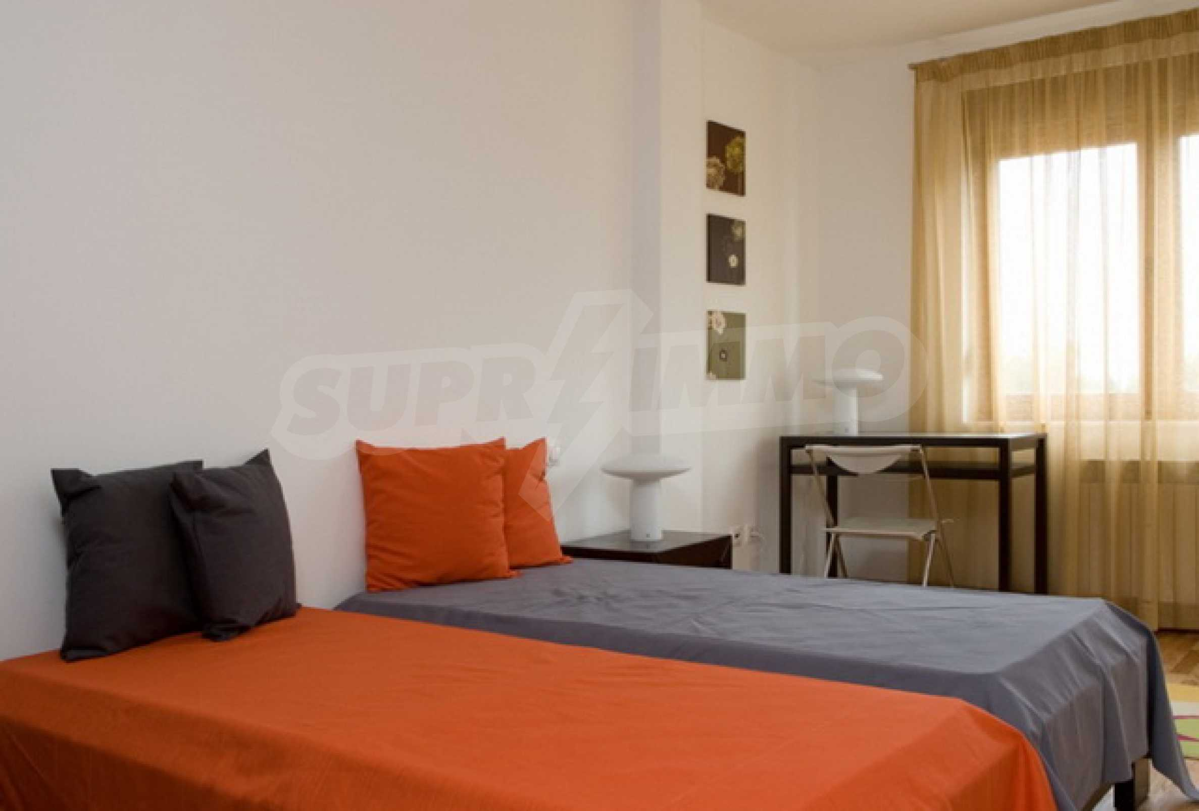 Апартамент Бояна 4 3