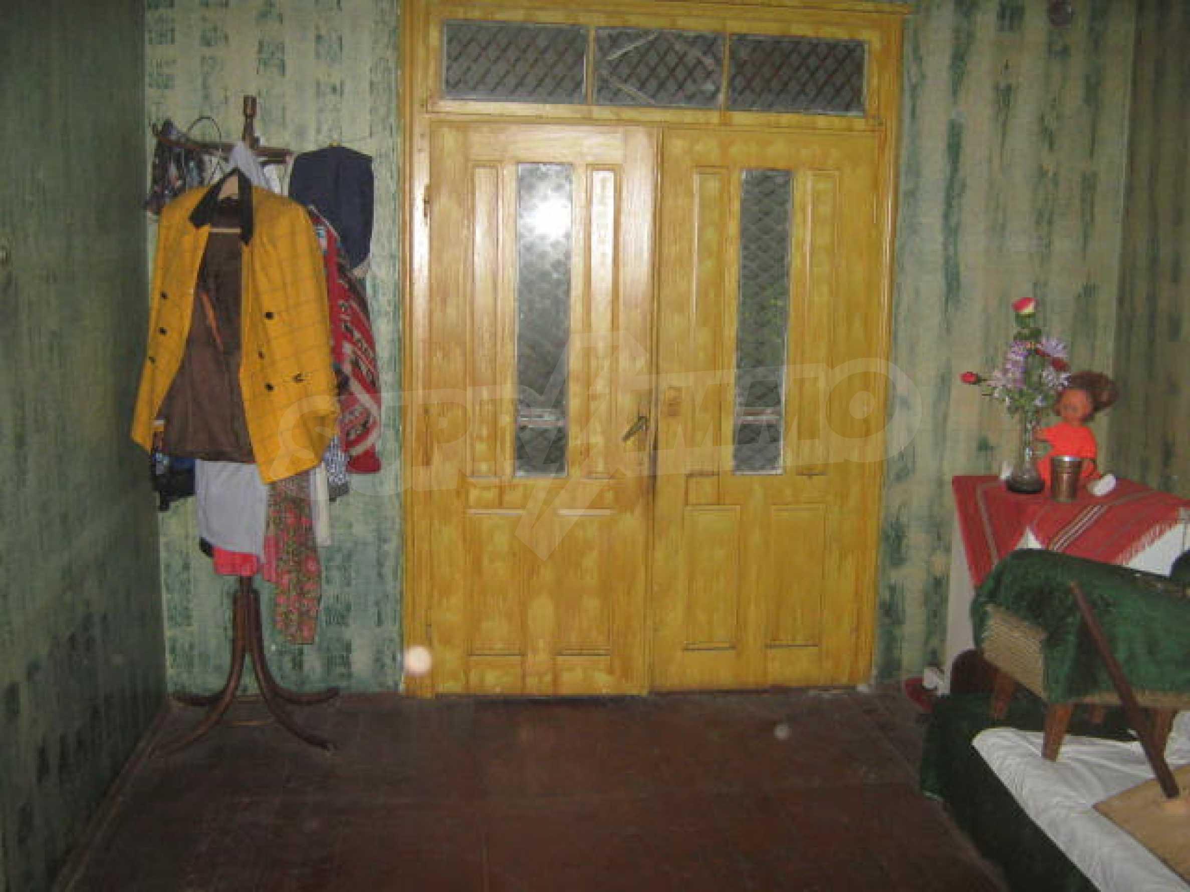 Масивна къща до Видин 1