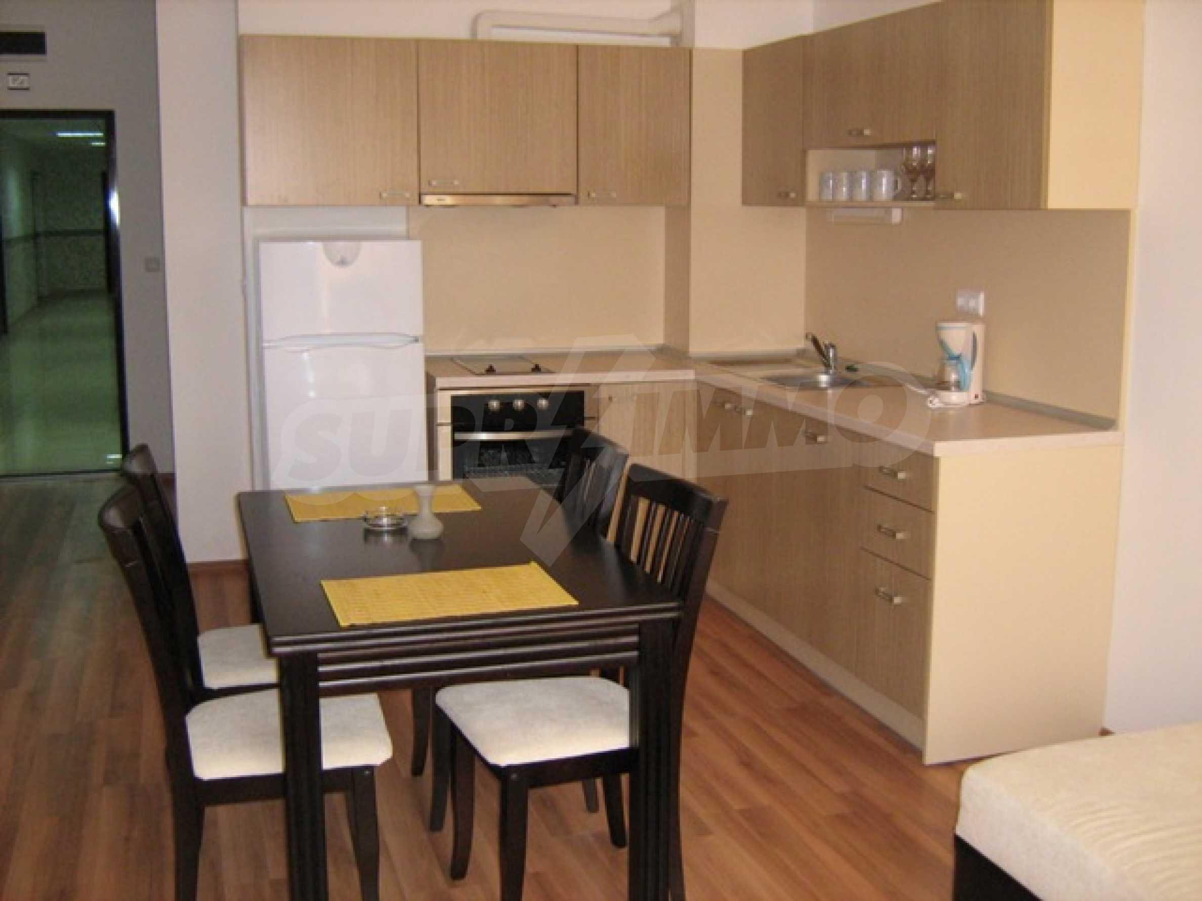 Apartments mit einem Schlafzimmer in einem Ferienkomplex 13