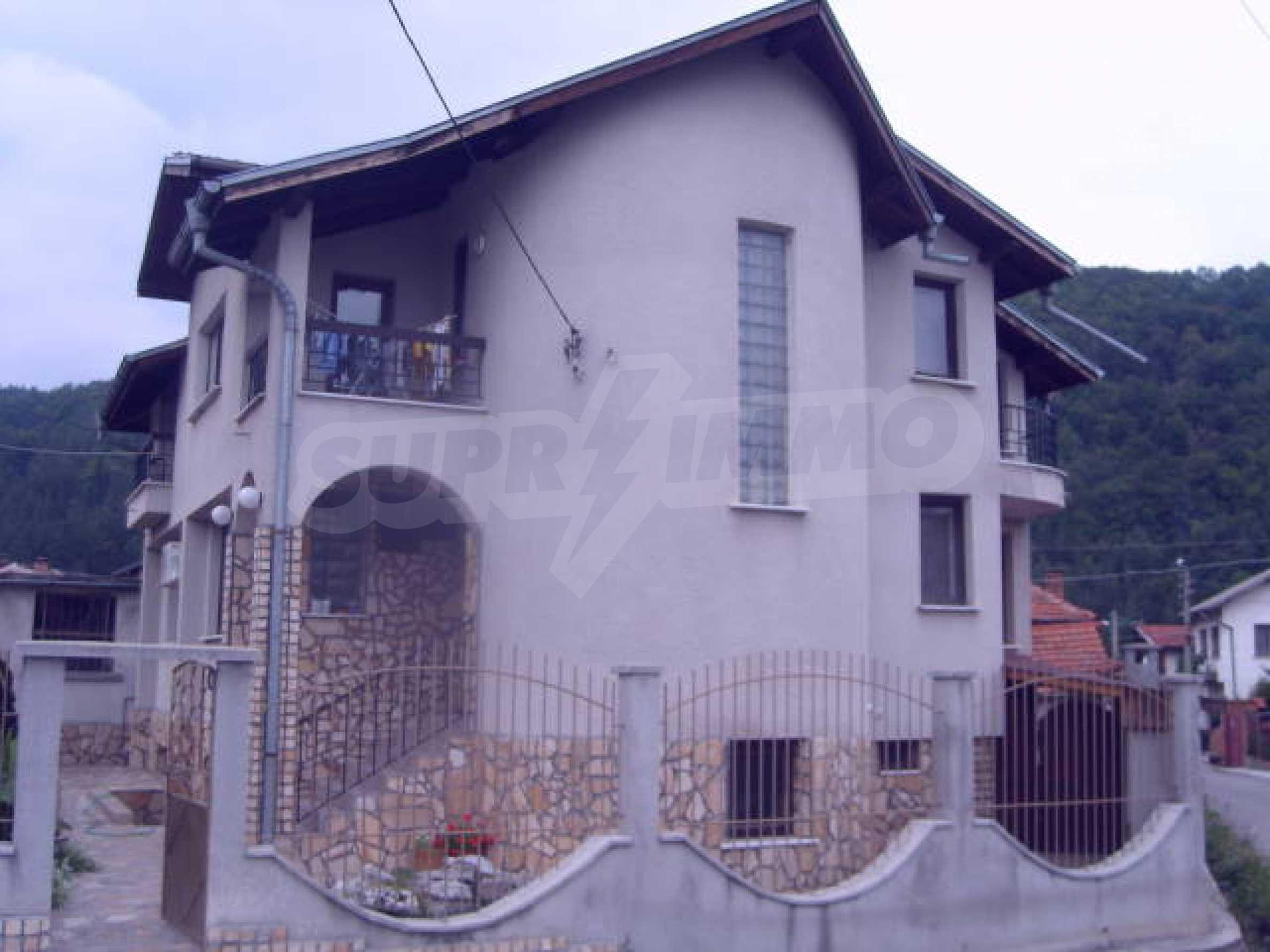 Новый дом рядом с курортом Боровец 2