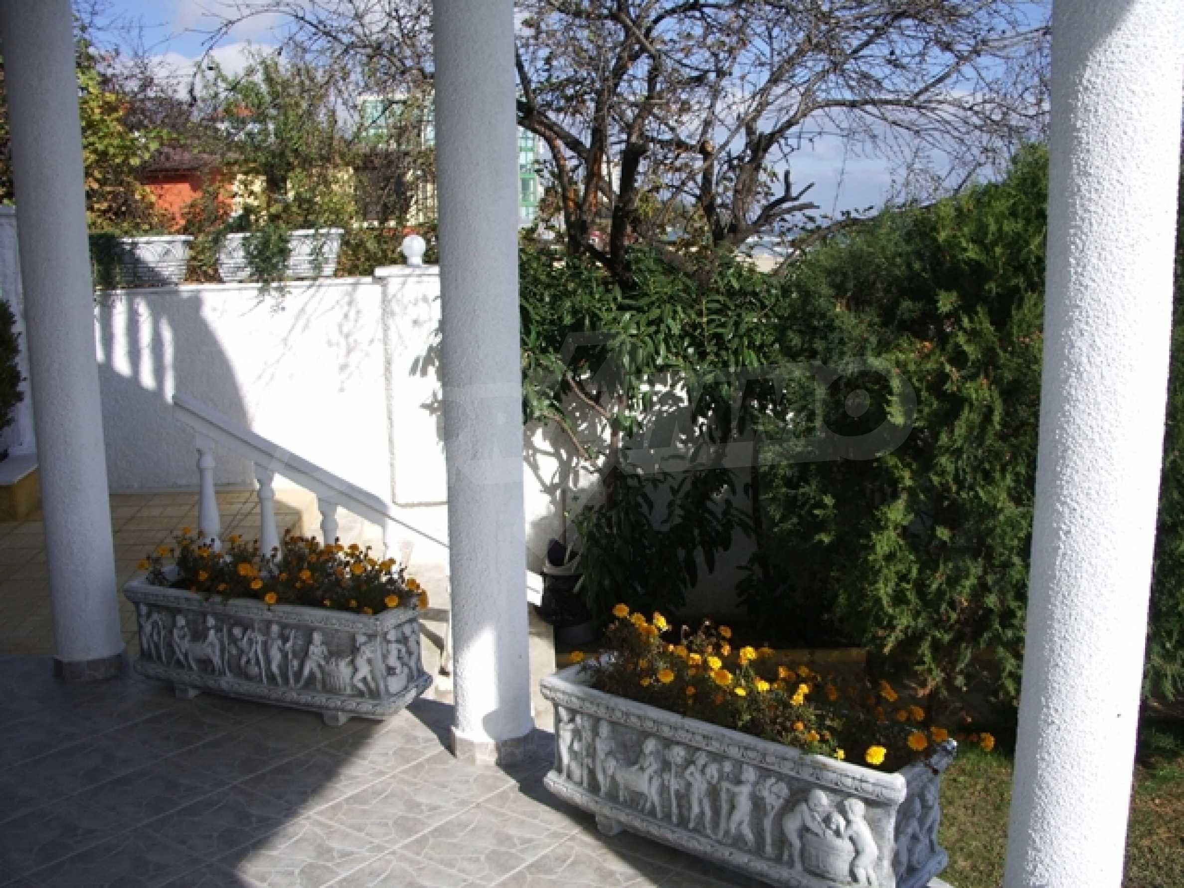 Семеен хотел и хотел-ресторант на първа линия море, до плаж Кабакум 4