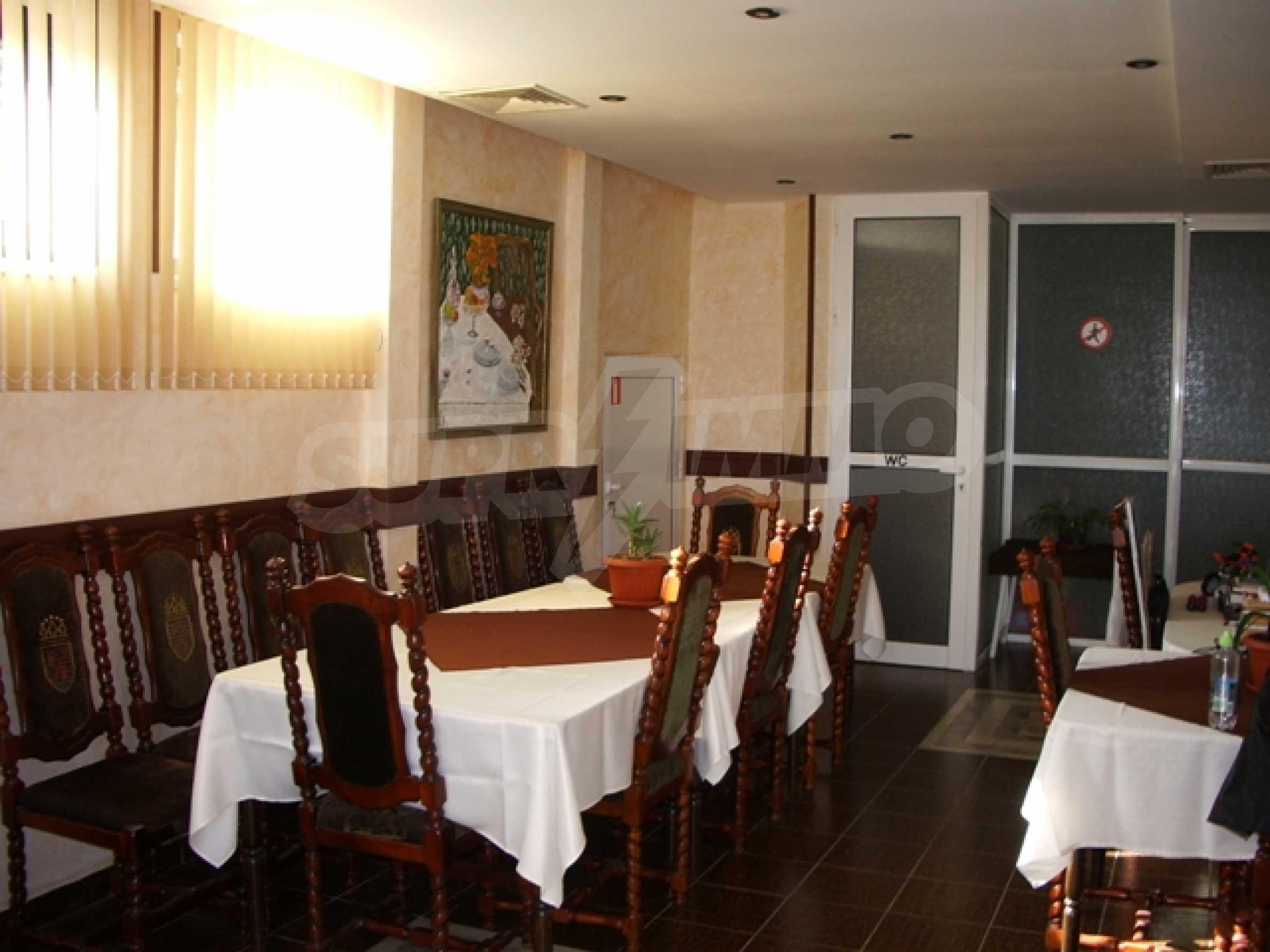 Семеен хотел и хотел-ресторант на първа линия море, до плаж Кабакум 8