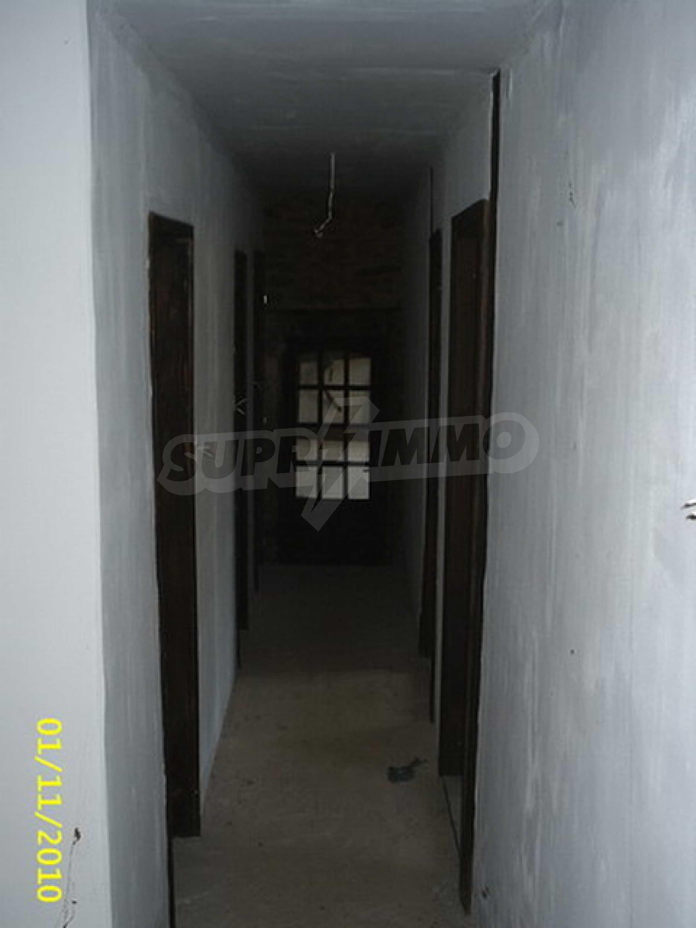Традиционен имот в малко, китно село 34