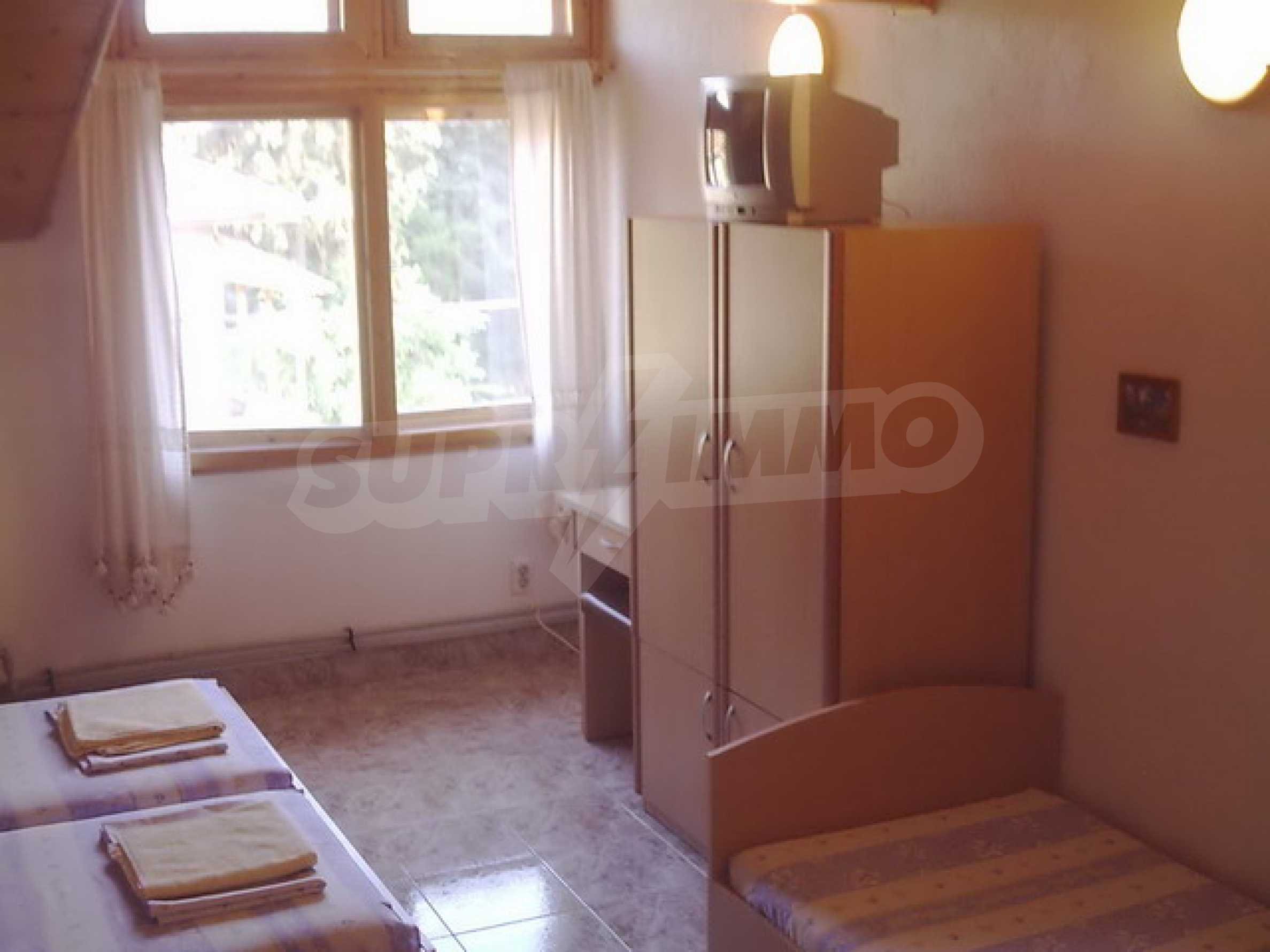 Продажа дома в г. Котел 6