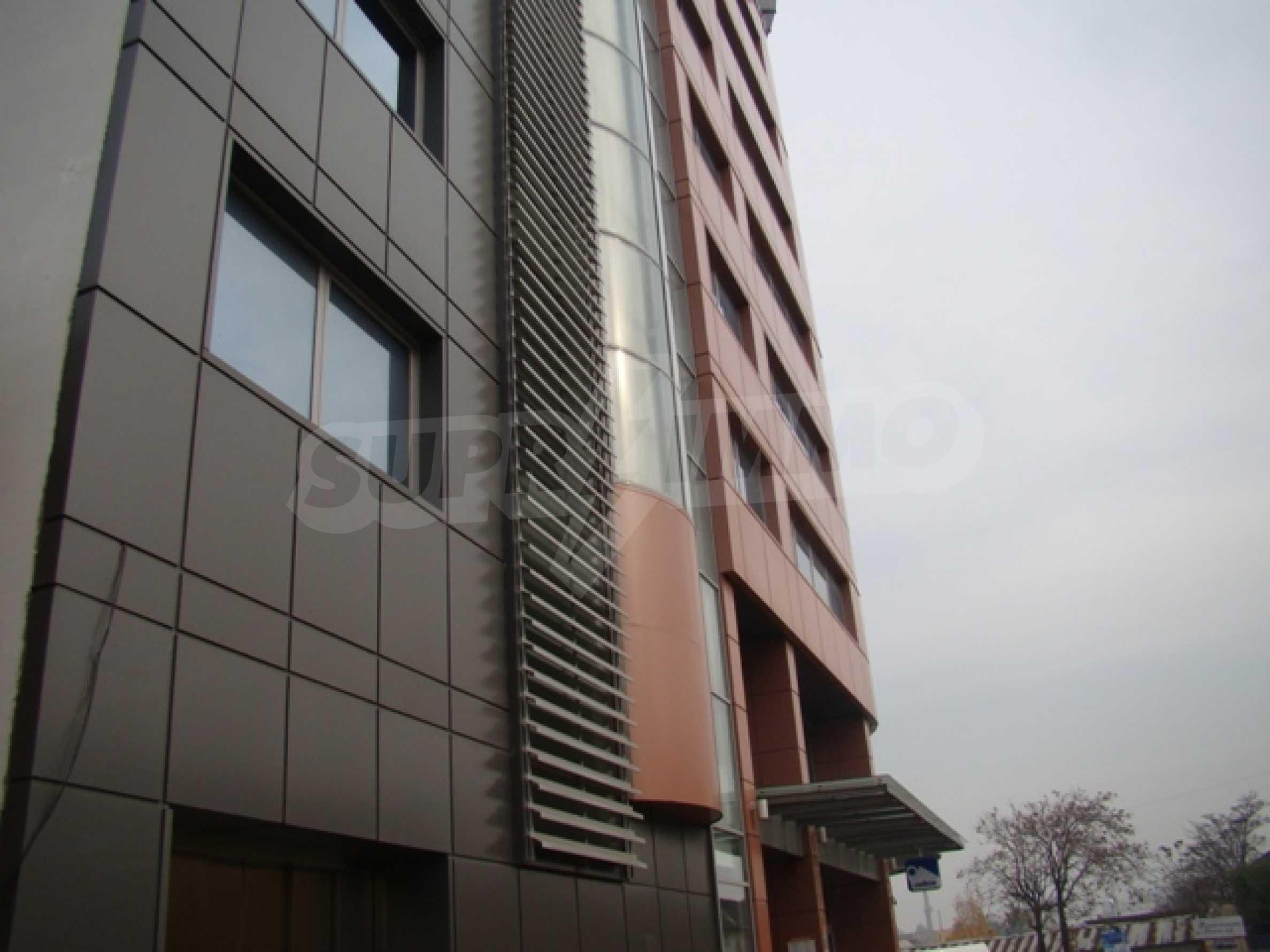 Бизнес център Ивел 51