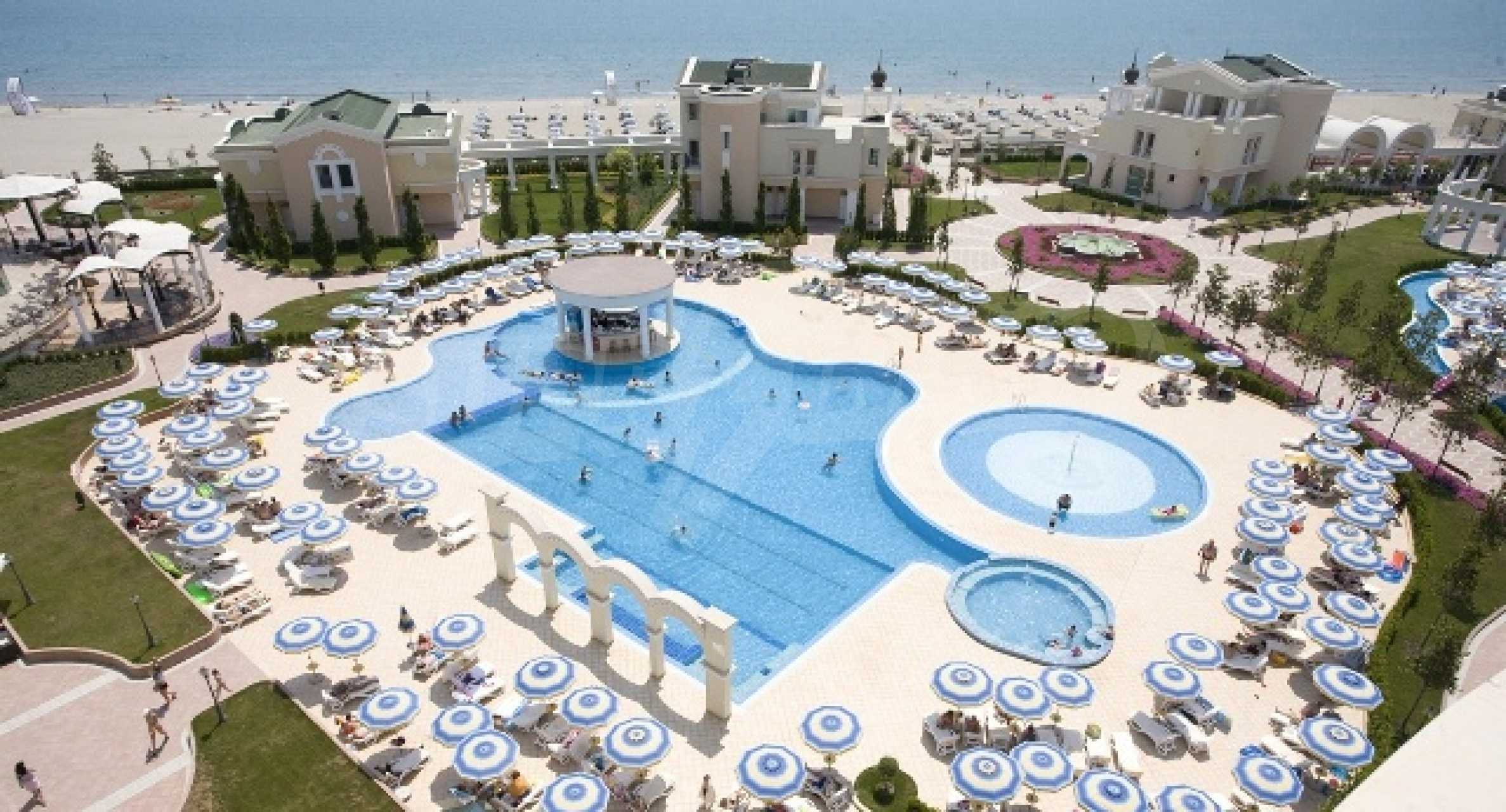 Two-bedroom apartment in Sunset Resort in Pomorie 1