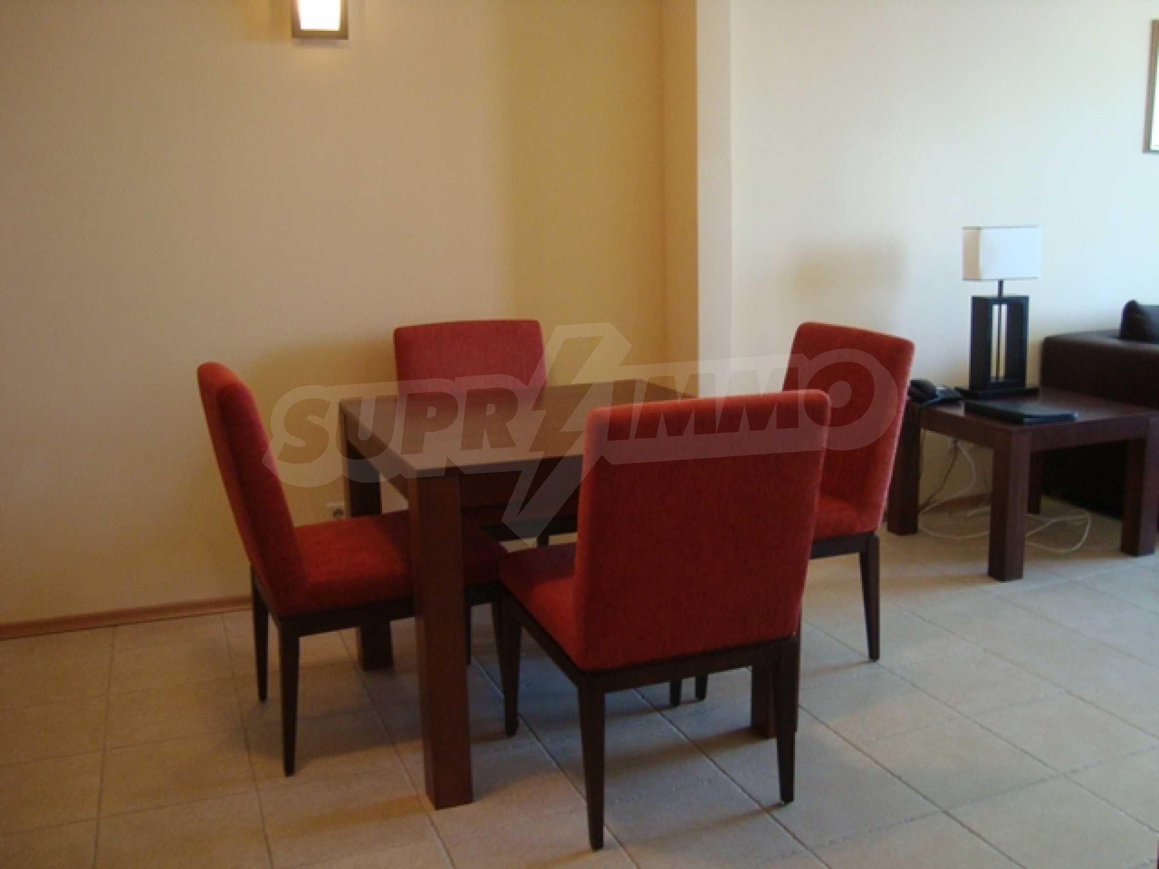Тристаен апартамент в комплекс Сънсет Ризорт 21