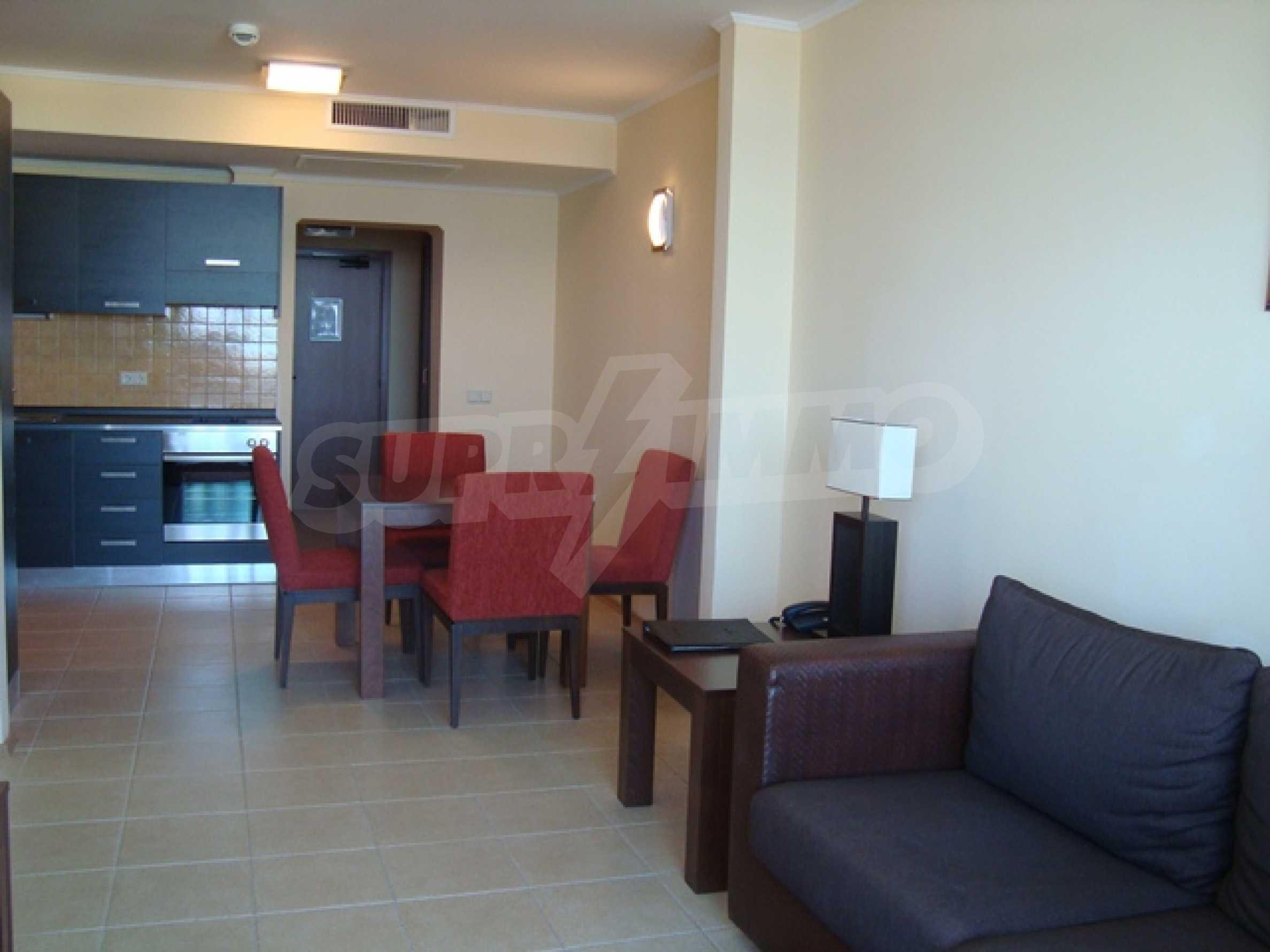 Тристаен апартамент в комплекс Сънсет Ризорт 22