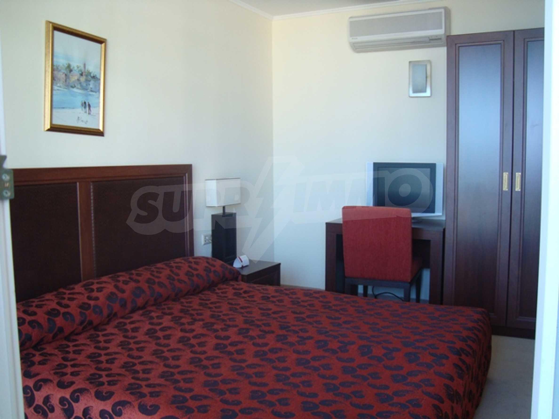 Тристаен апартамент в комплекс Сънсет Ризорт 30