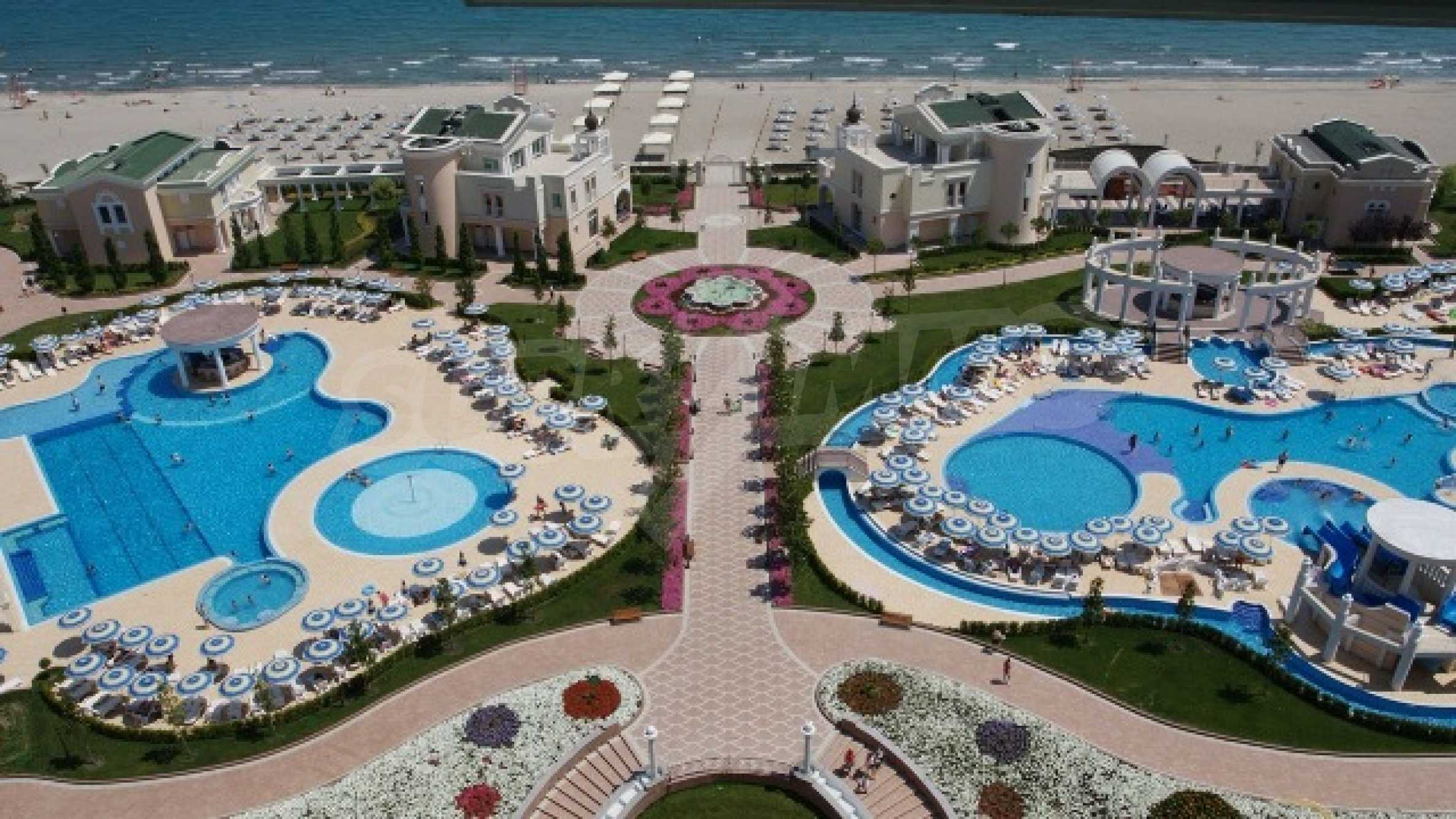 Two-bedroom apartment in Sunset Resort in Pomorie 8