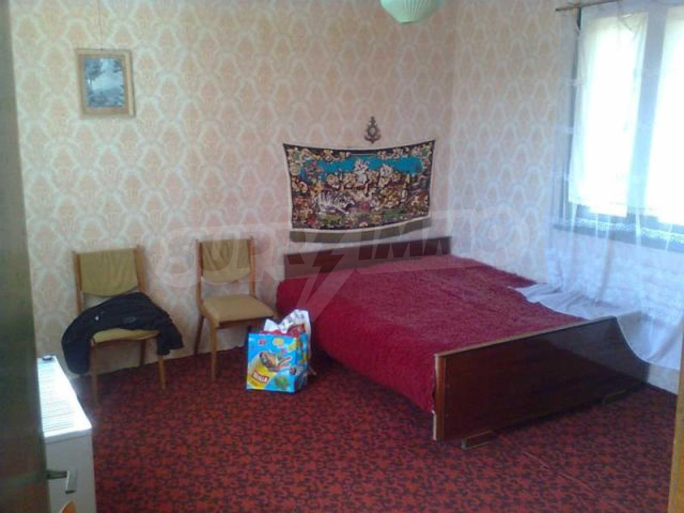 Дом вблизи г. Тырговище 10