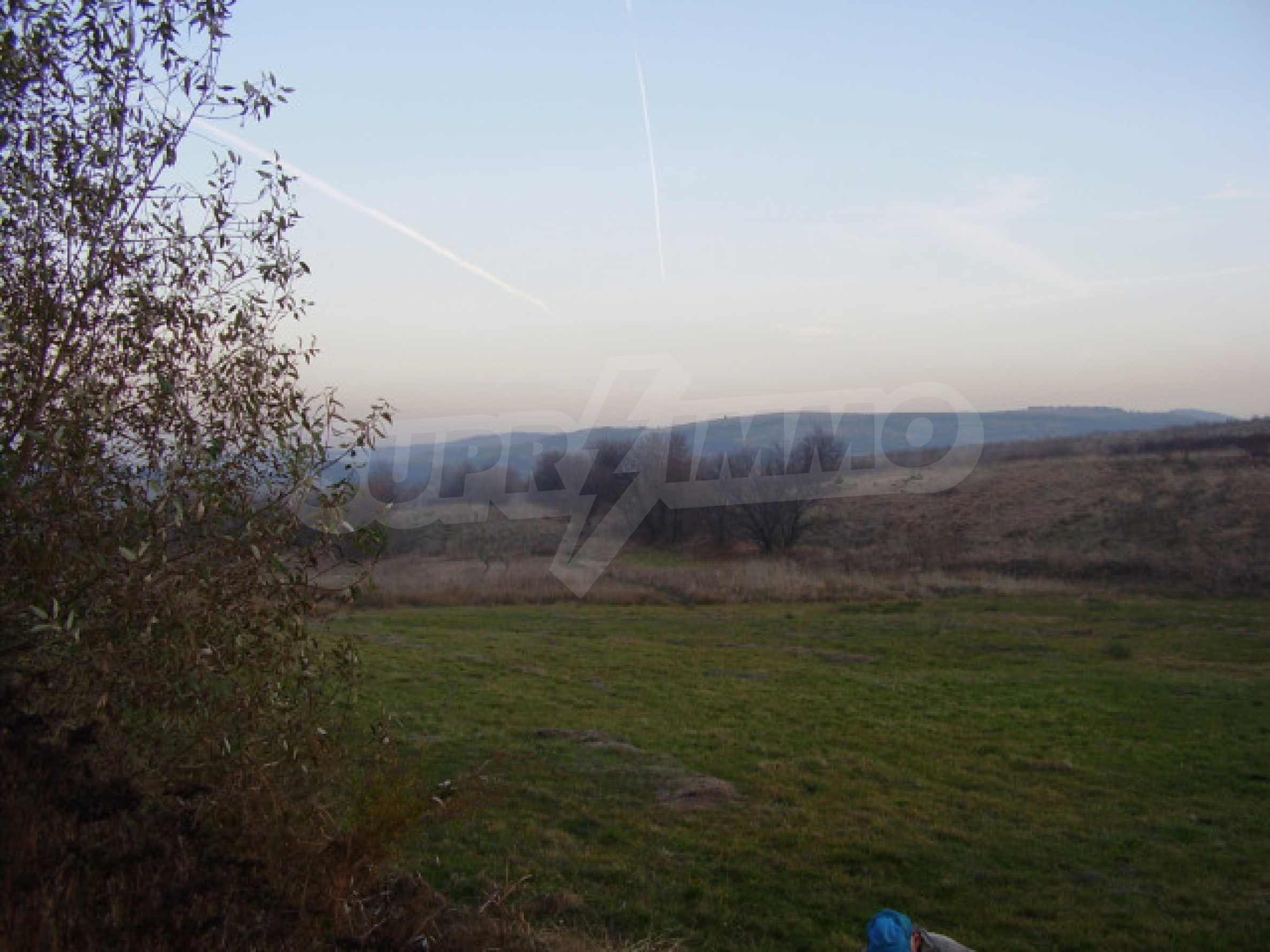 Grundstück in der Nähe von Sofia