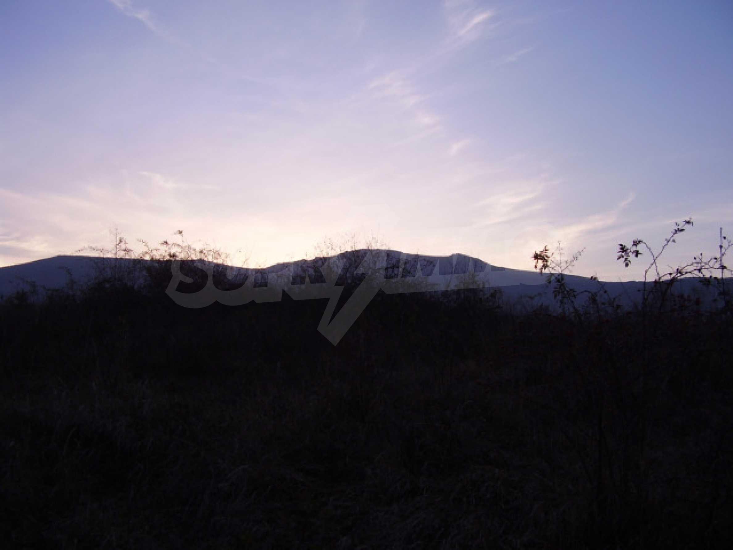 Grundstück in der Nähe von Sofia 5