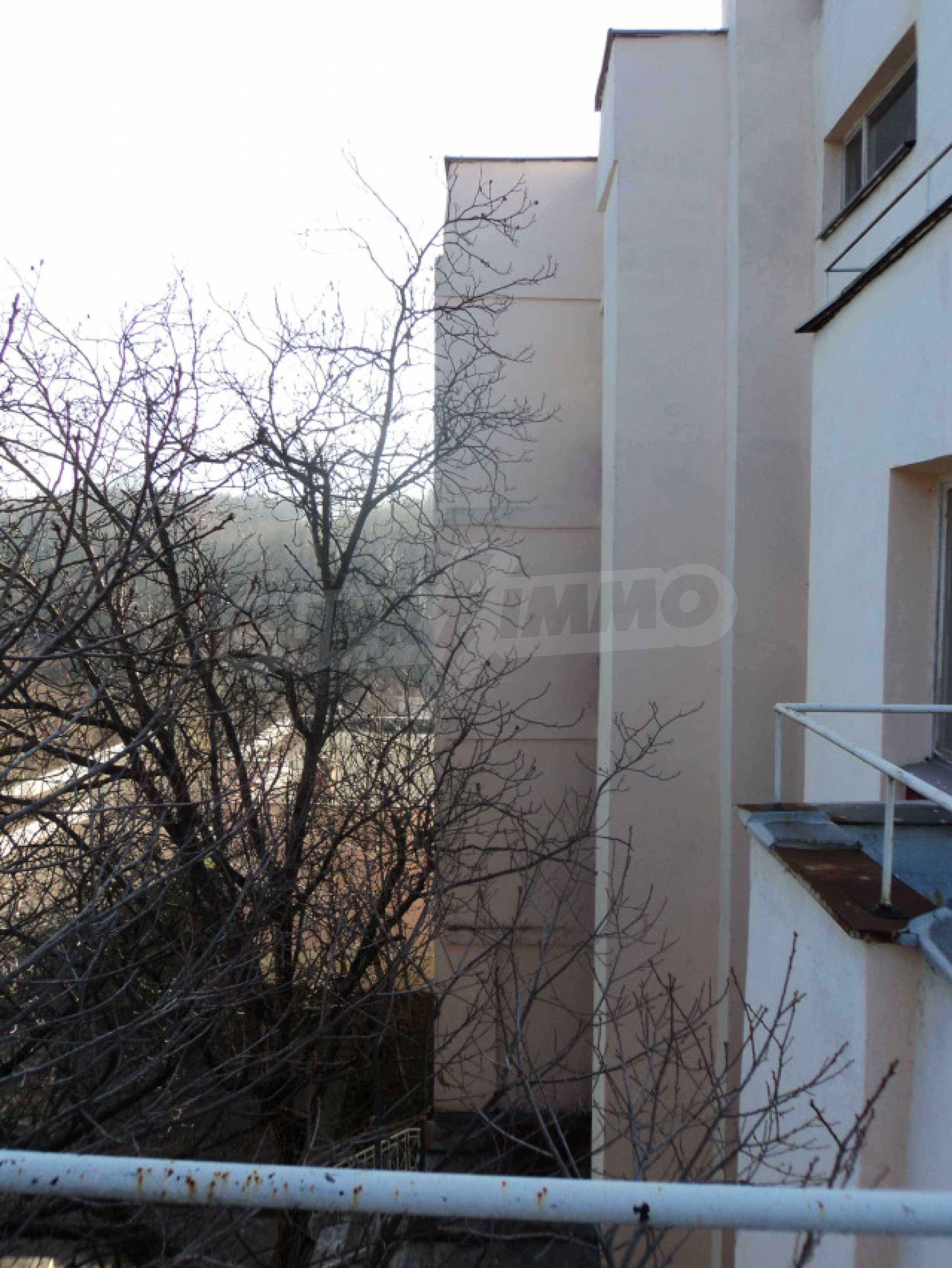 Резиденция у подножия гор  29