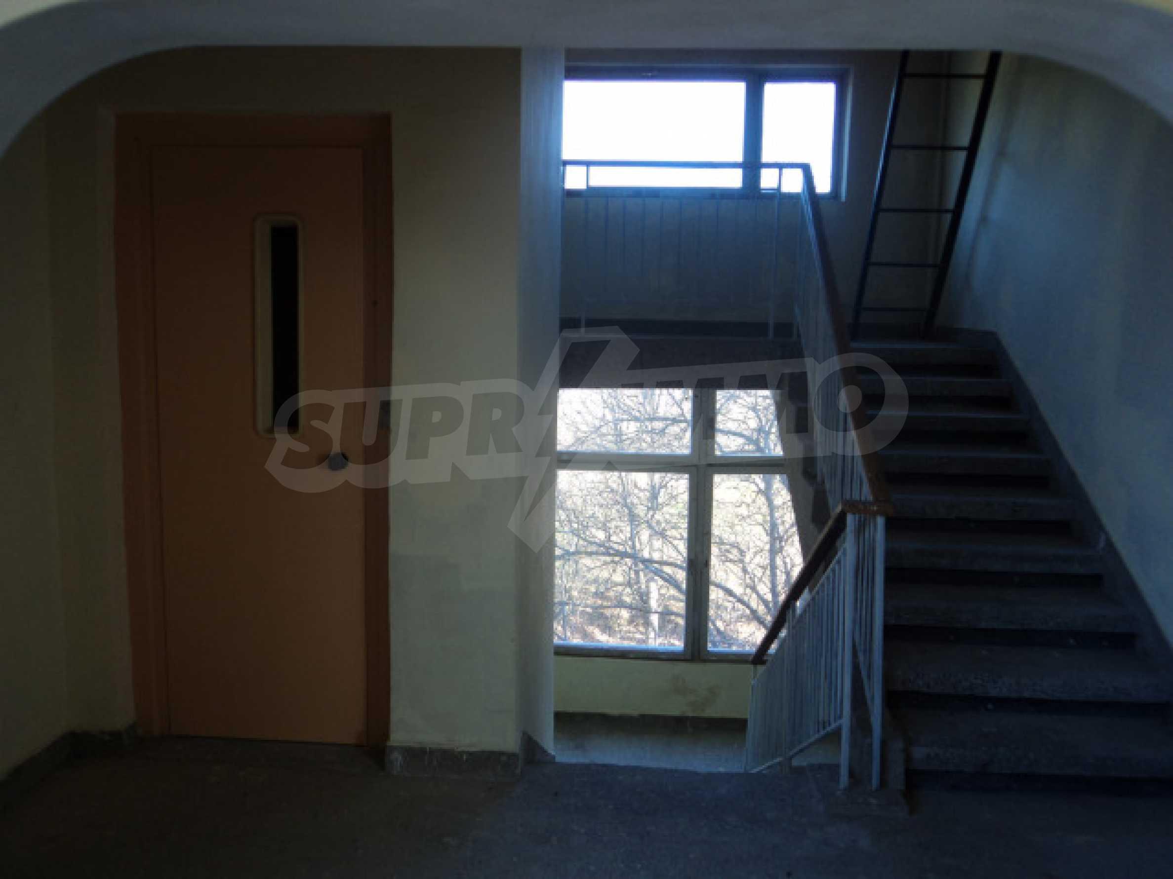 Резиденция у подножия гор  37