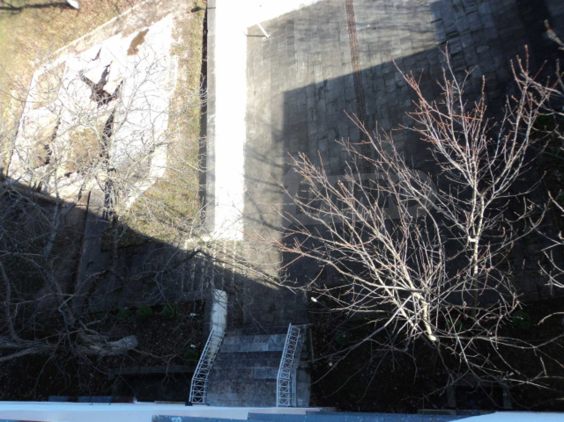 Резиденция у подножия гор  43