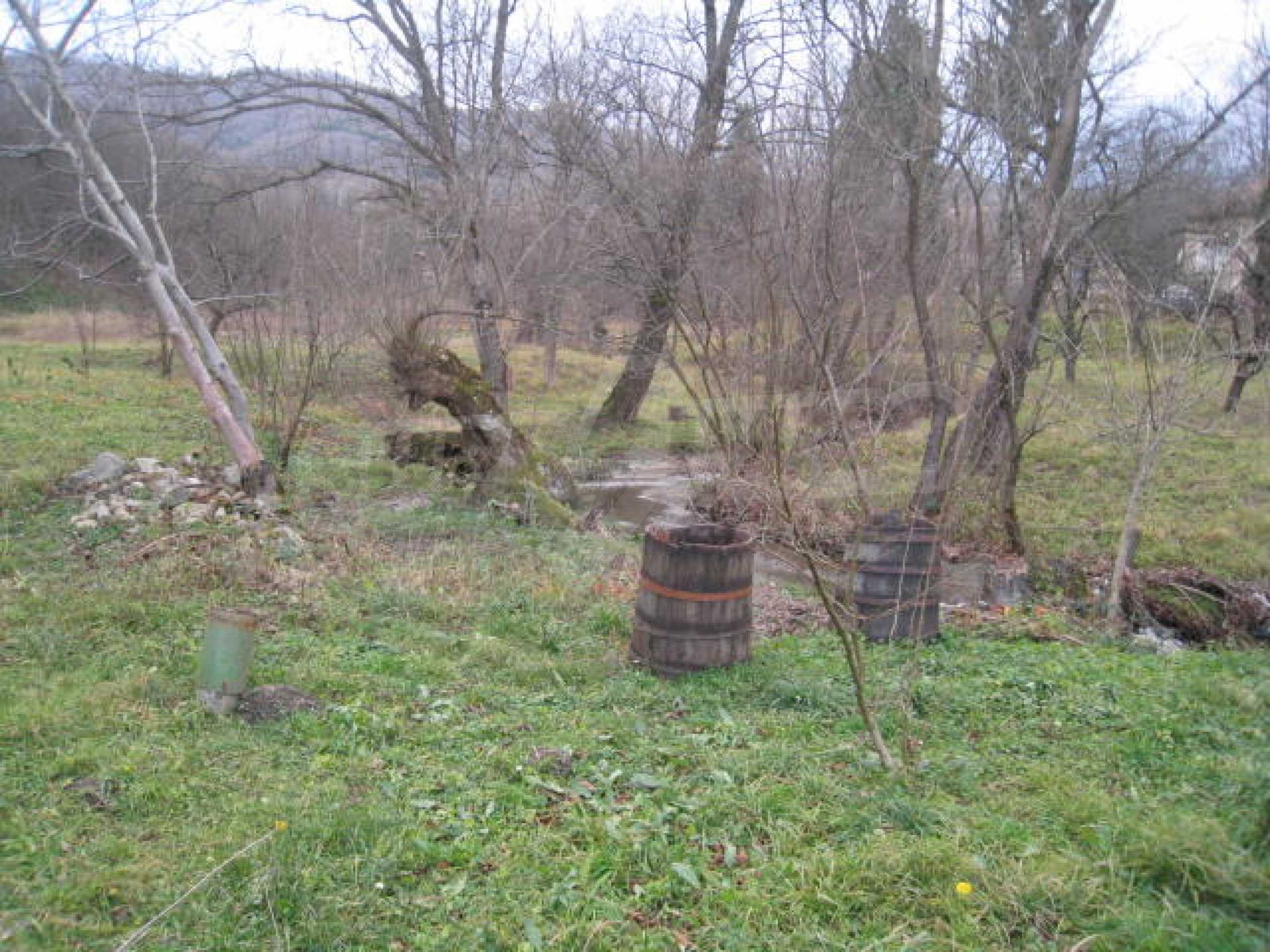 Large plot in regulation close to Klisura Monastery 8