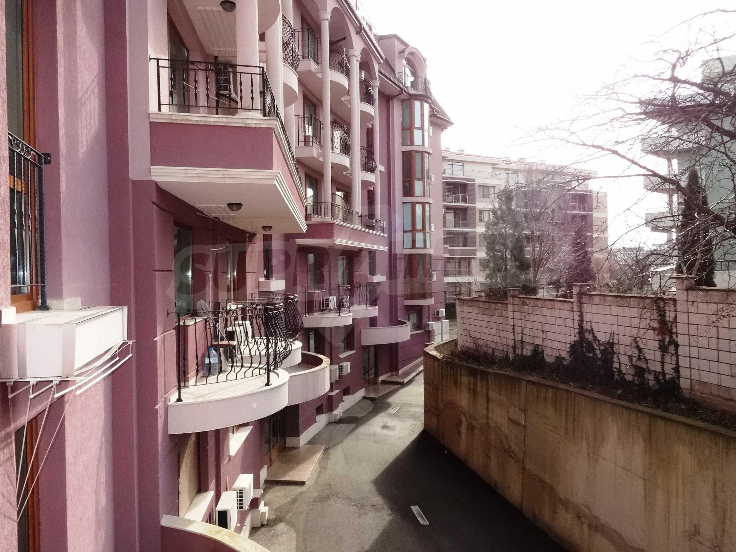 Апартамент  ИНА  23